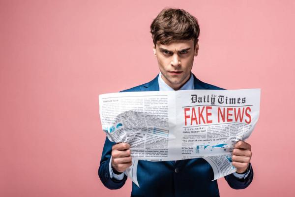 «Я не МОК». Американский журналист отказался убирать российский флаг с поста в «Твиттере»