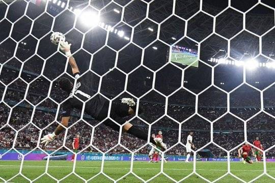 Определились все участники и пары плей-офф Евро-2020: среди фаворитов - Франция, Бельгия и Италия
