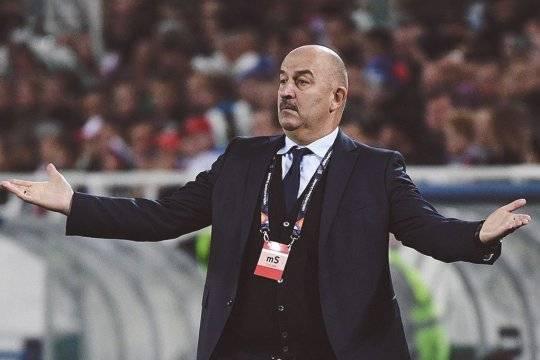 Черчесов признал заслуженной критику в адрес сборной России после первого поражения на Евро-2020