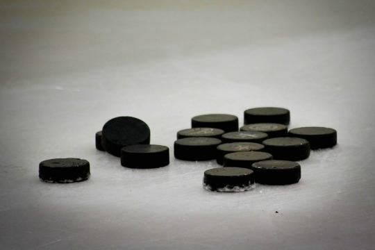 Сборная Канады одержала победу над командой Финляндии и стала чемпионом мира по хоккею