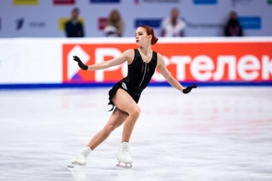 Трусова первой в истории женского фигурного катания выполнила пять четверных прыжков в произвольной программе
