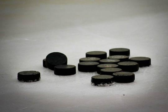 Хоккейные сборные захотели снять свои флаги на чемпионате мира из солидарности с Белоруссией