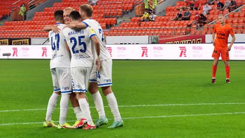 Смена «Зенита» // «Динамо» вышло на первое место в премьер-лиге
