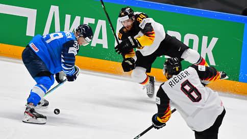Сборная Финляндии стала вторым финалистом чемпионата мира по хоккею
