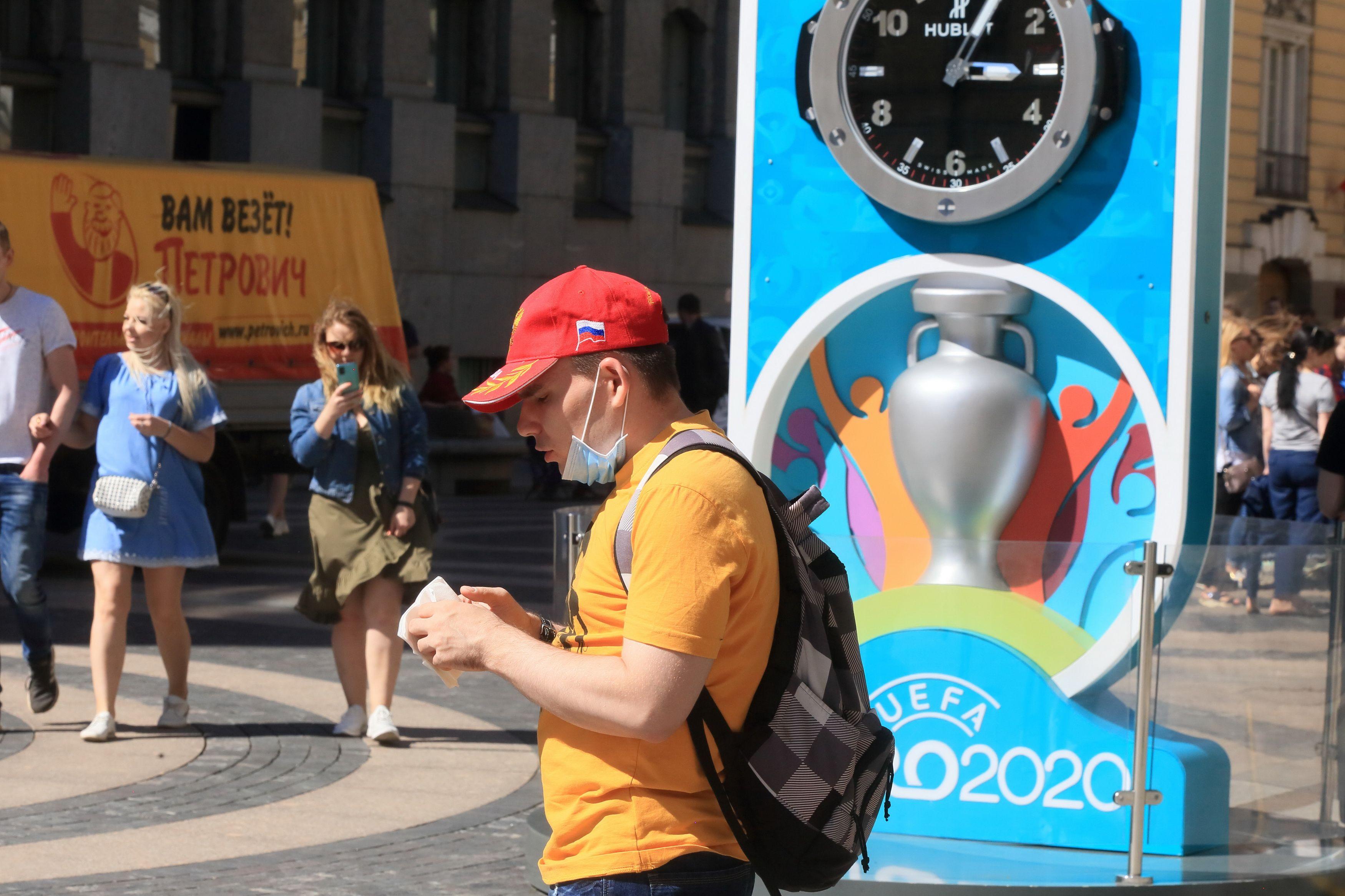 Евро-2020 могут целиком провести в России