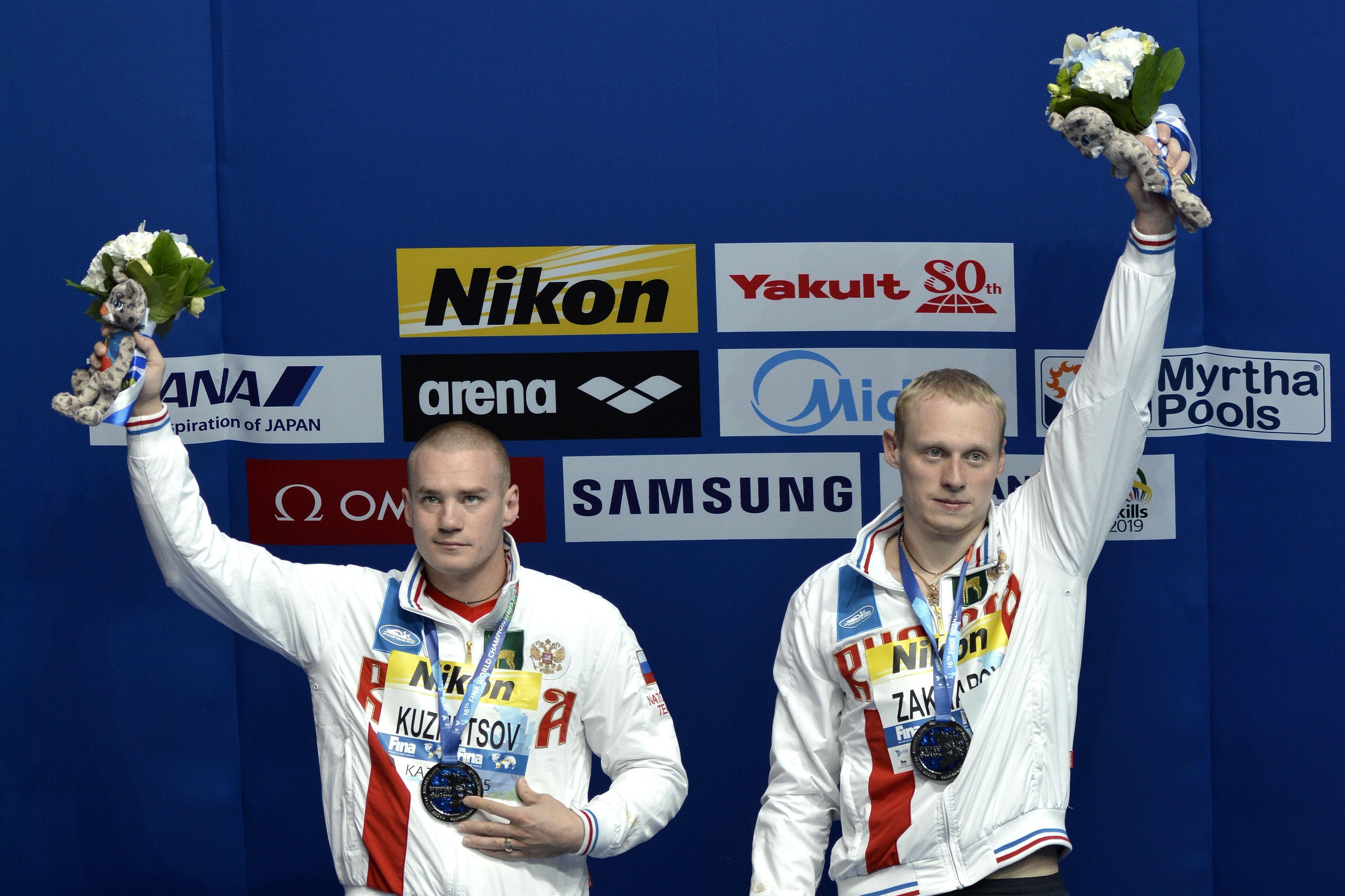 Чемпион ОИ в прыжках в воду Захаров возобновит карьеру