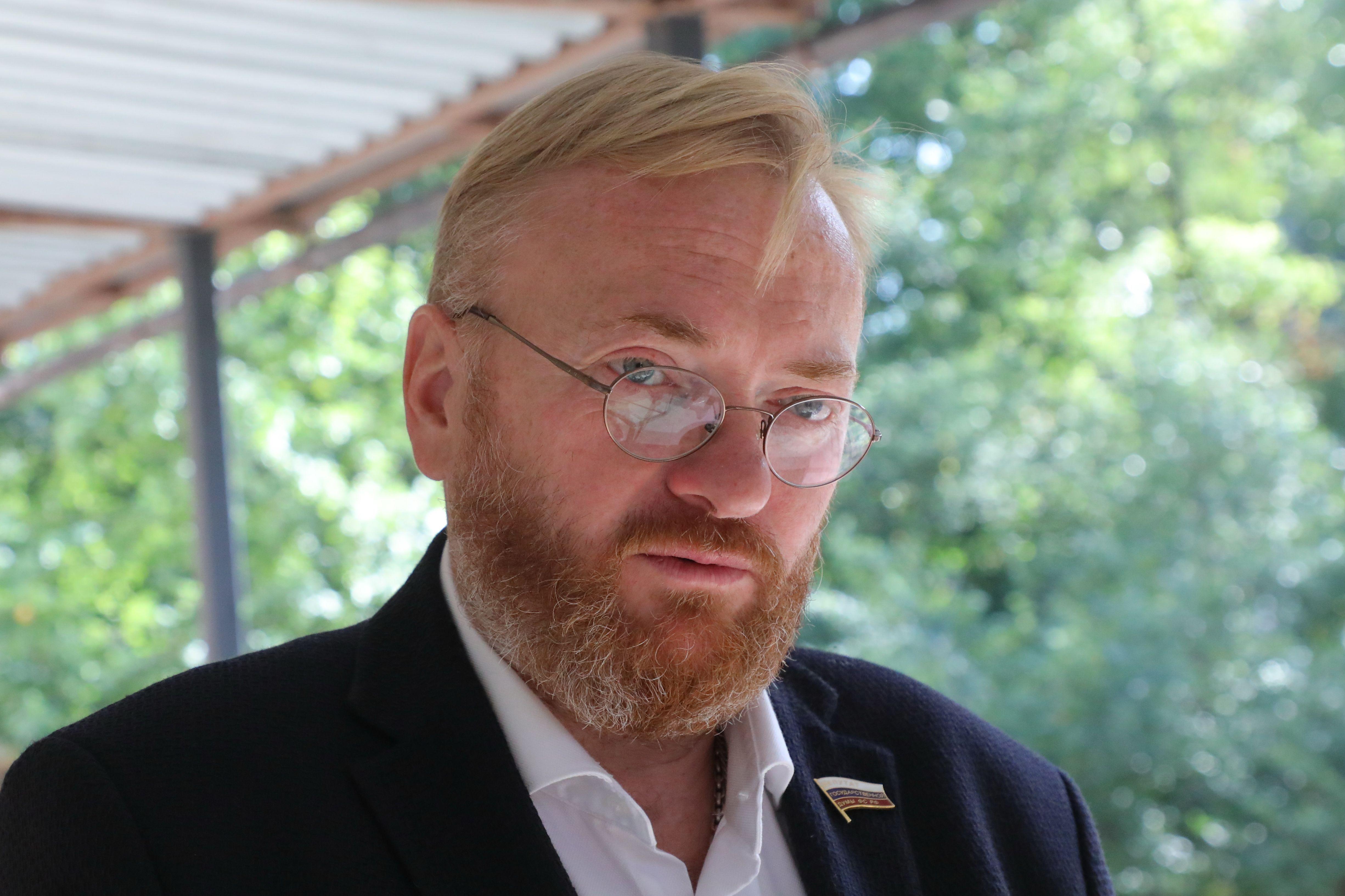 Депутат Милонов отреагировал на призыв присвоить Нурмагомедову звание Героя России