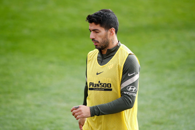 Суарес снова сдал положительный тест на коронавирус и пропустит матч с 'Барселоной'