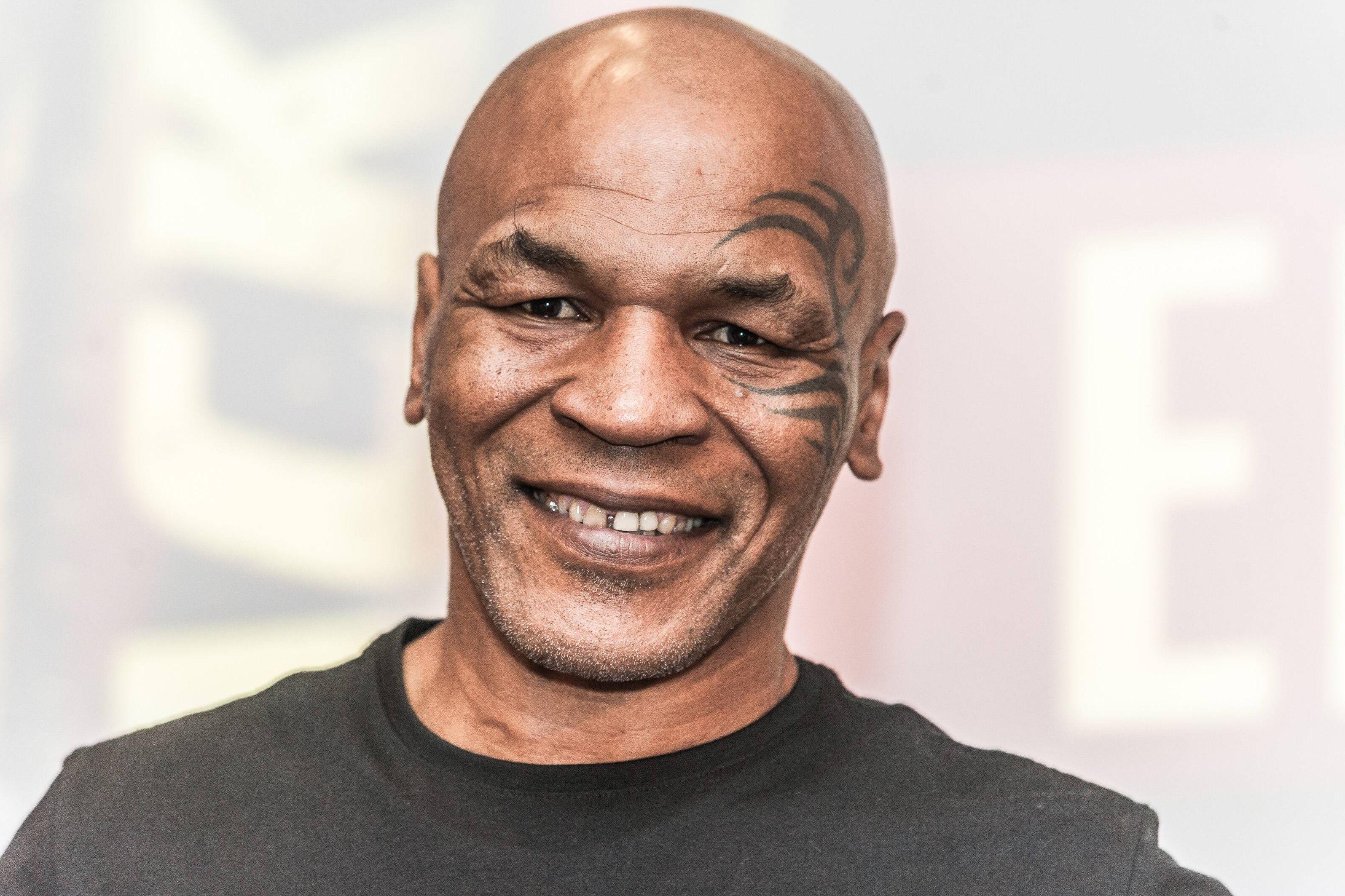 Бокс, Тайсон - Джонс, прямая текстовая онлайн трансляция боя
