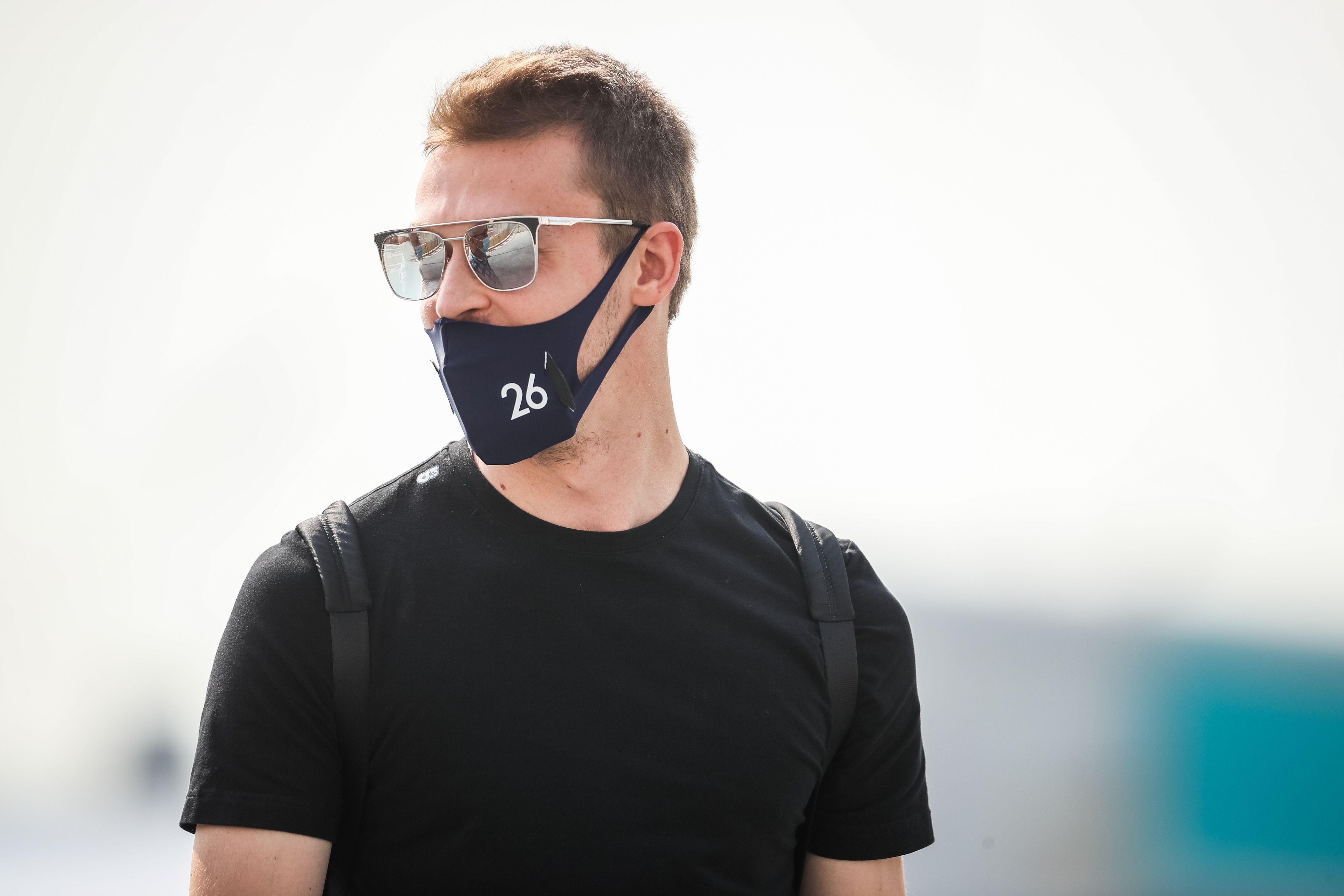 Западные фанаты 'Формулы-1' заступились за Квята: 'В 'Ред Булл' к Даниилу относились с явным презрение'