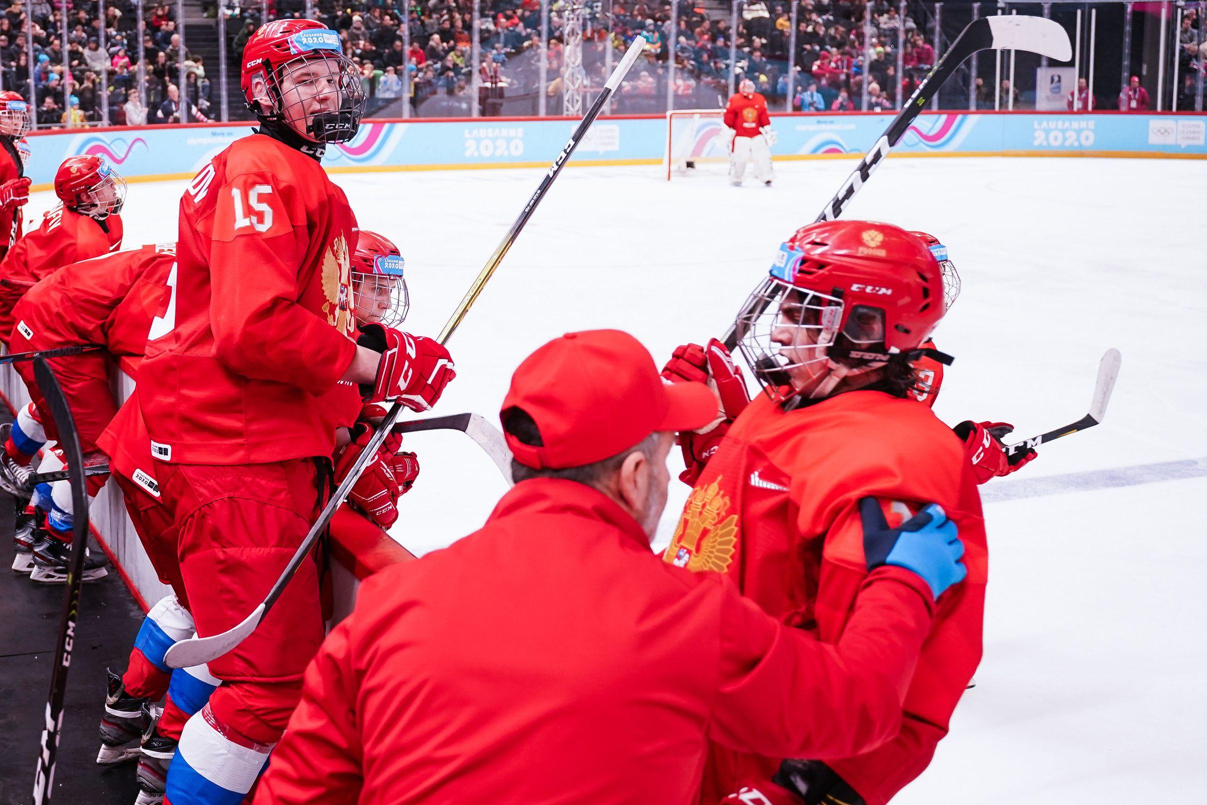 Хоккеист сборной России в матче с Австрией на МЧМ назвал судью дураком