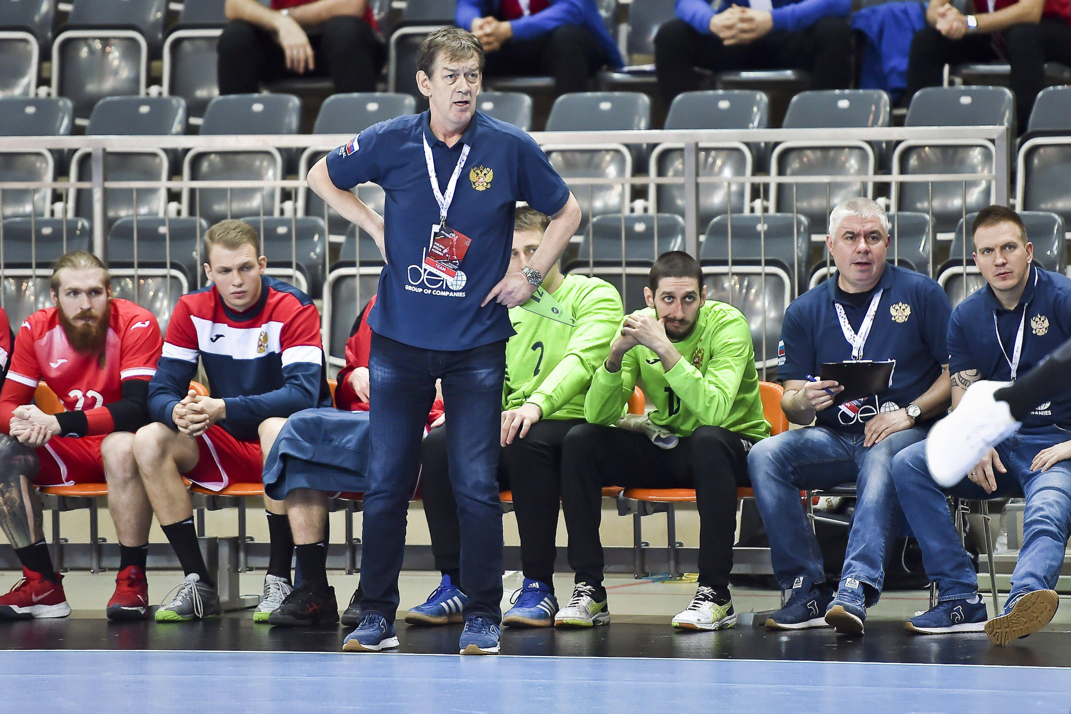 Тренер сборной России по гандболу — о ЧМ: 'Герб и флаг России будут под футболками, мы их будем чувствовать'