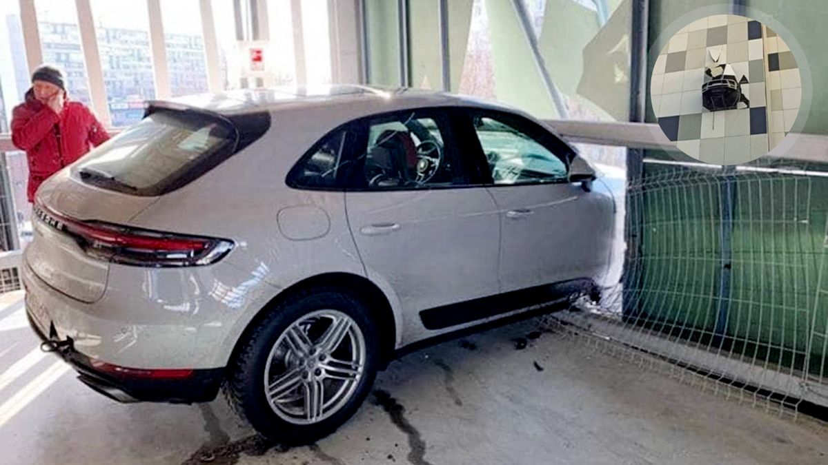Хоккеист Казионов пробил стену паркинга: Porsche повис над землёй на высоте третьего этажа. ВИДЕО