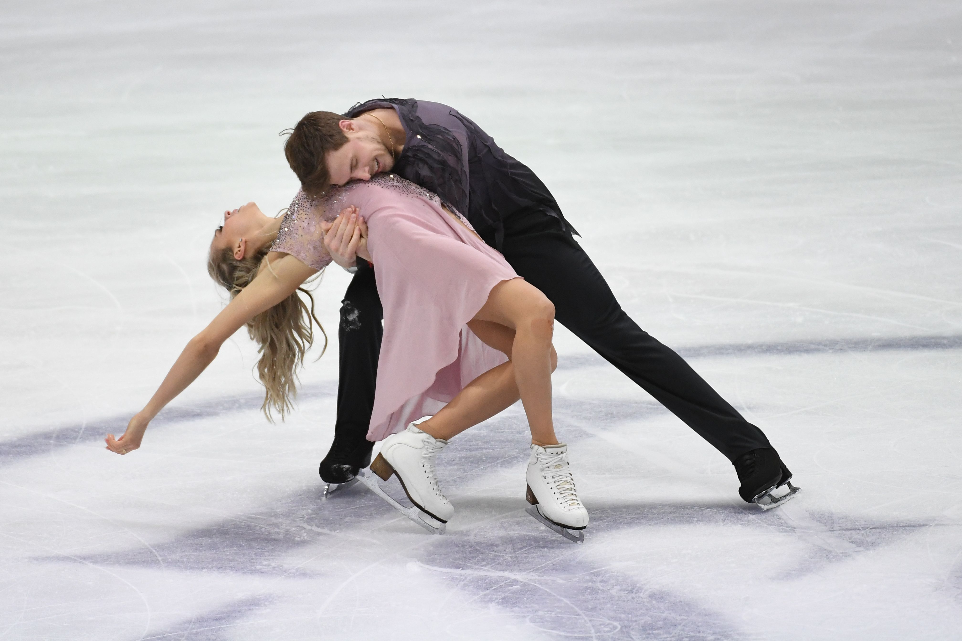 Стали известны стартовые номера российских танцевальных пар в ритм-танце на ЧМ