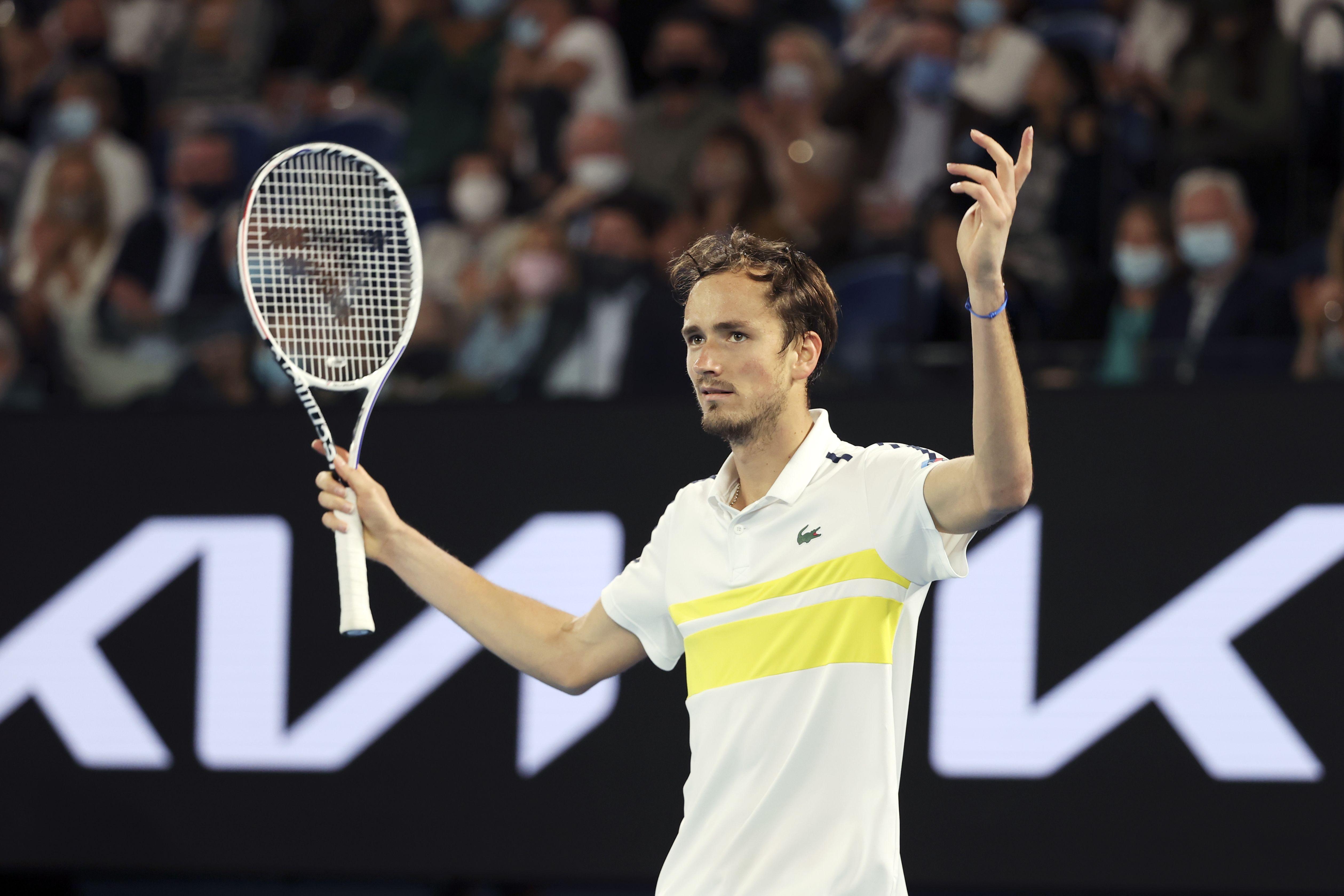 Медведев оценил уровень тенниса в России: 'Он на подъёме'