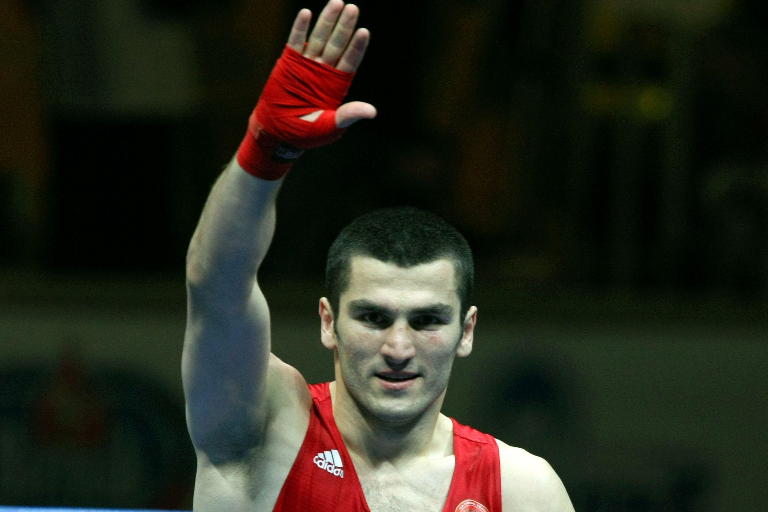 Бетербиев: 'Уайт боксировал более осторожно и собранно, чем Поветкин'