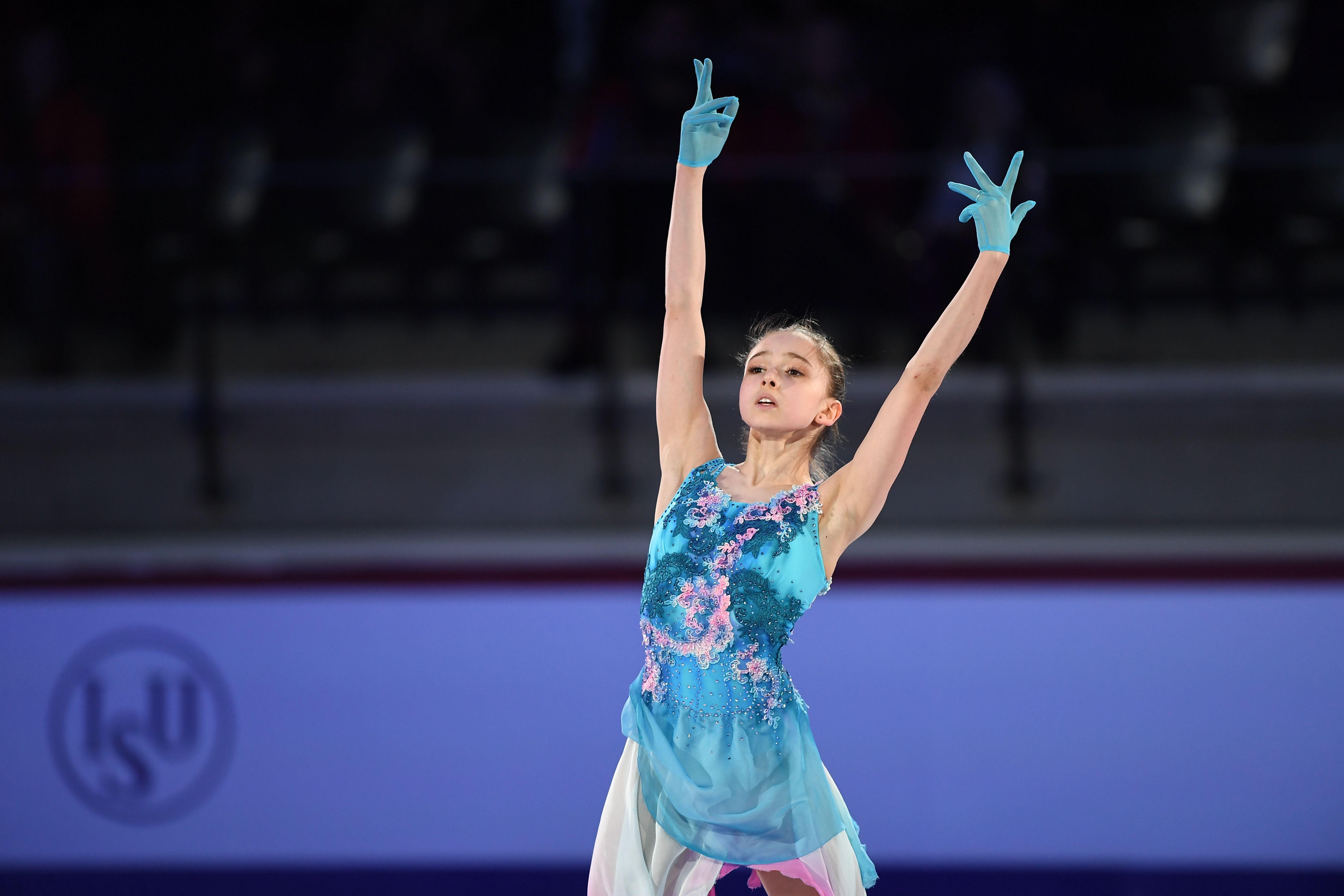 Валиева поздравила Щербакову с 17-летием