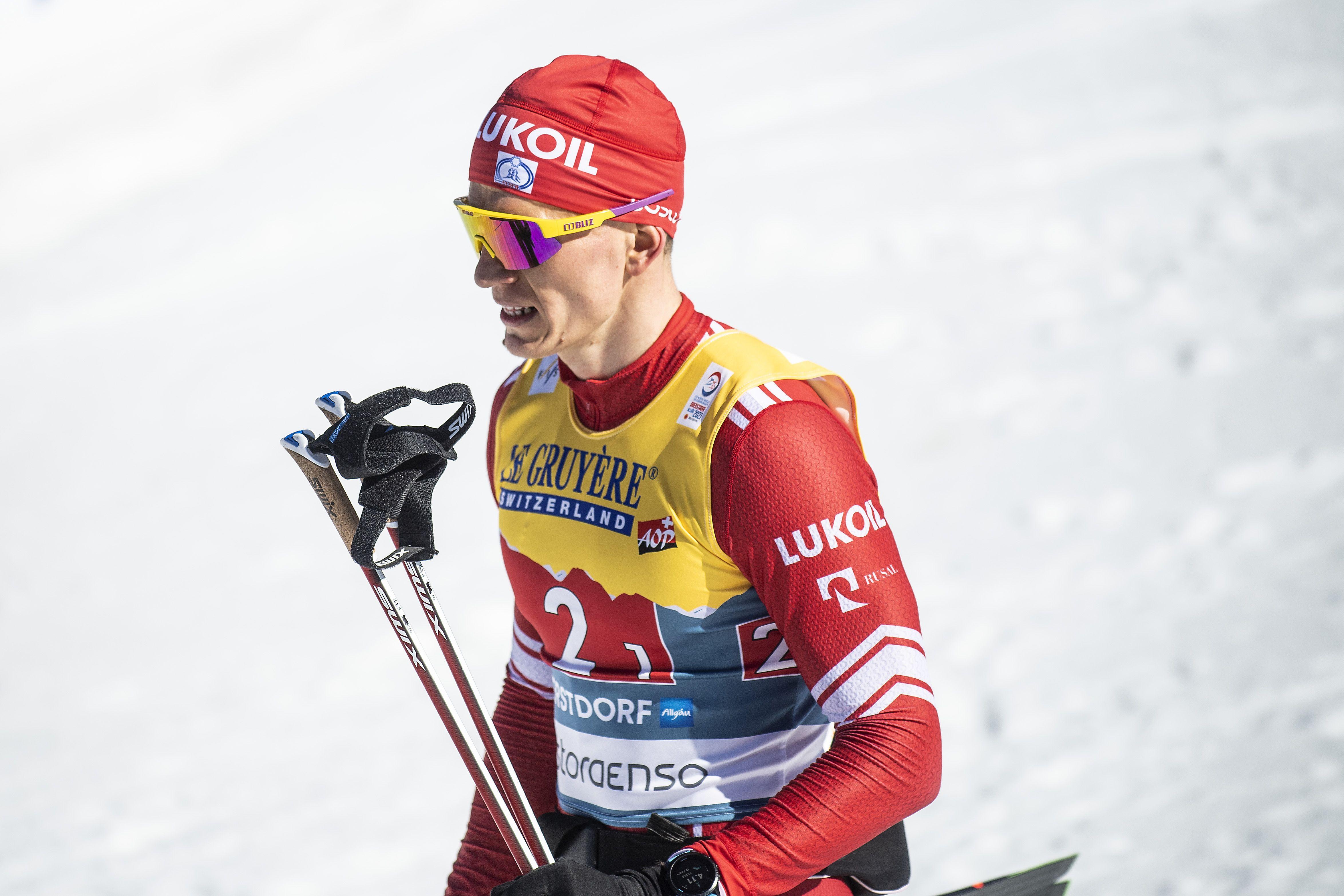 Команда Большунова одержала победу в командном спринте на ЧР по лыжным гонкам
