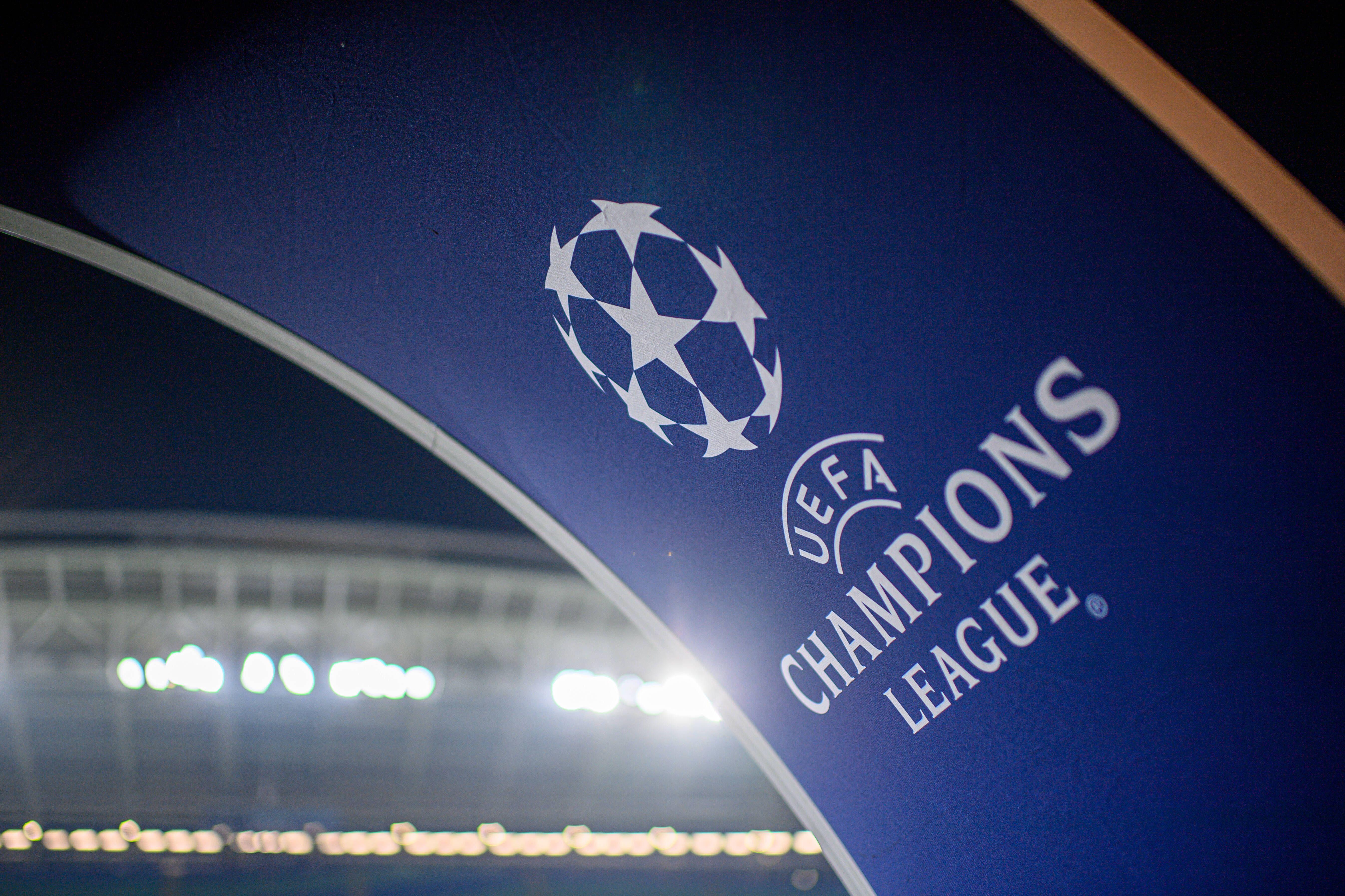 УЕФА отменил ограничение на количество зрителей на трибунах