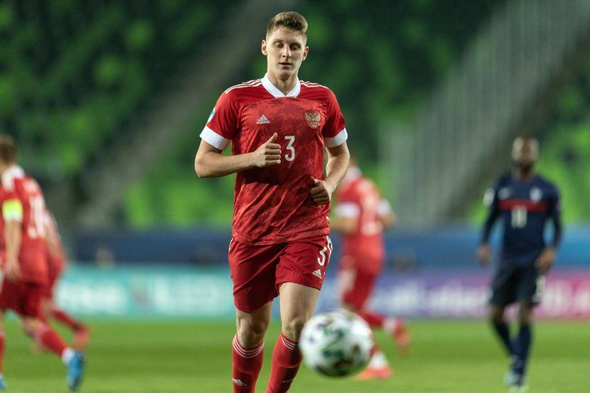 Стали известны стартовые составы команд на матч молодёжного Евро Дания - Россия