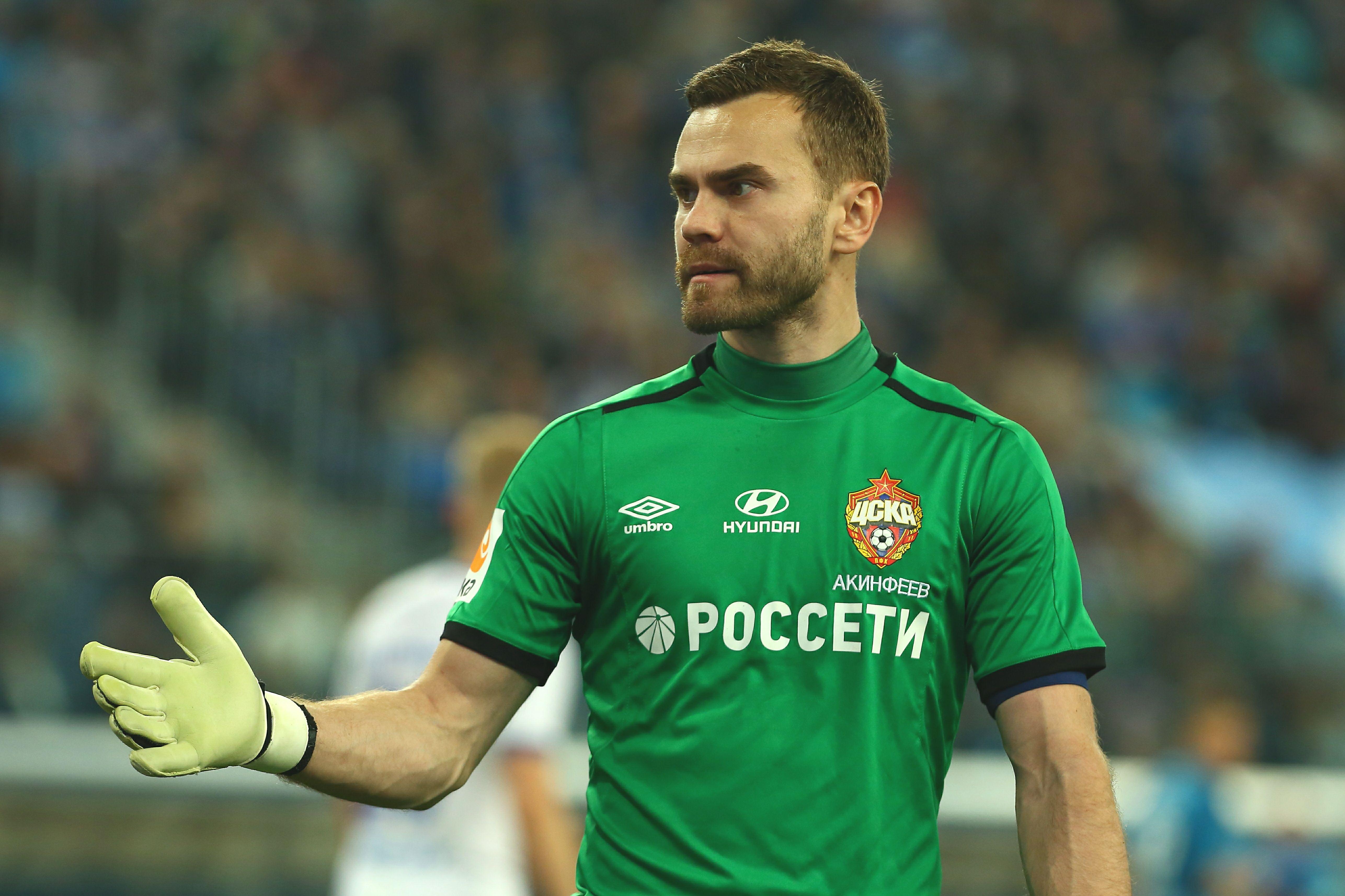 Черчесов ответил на вопрос, вернётся ли Акинфеев в сборную России