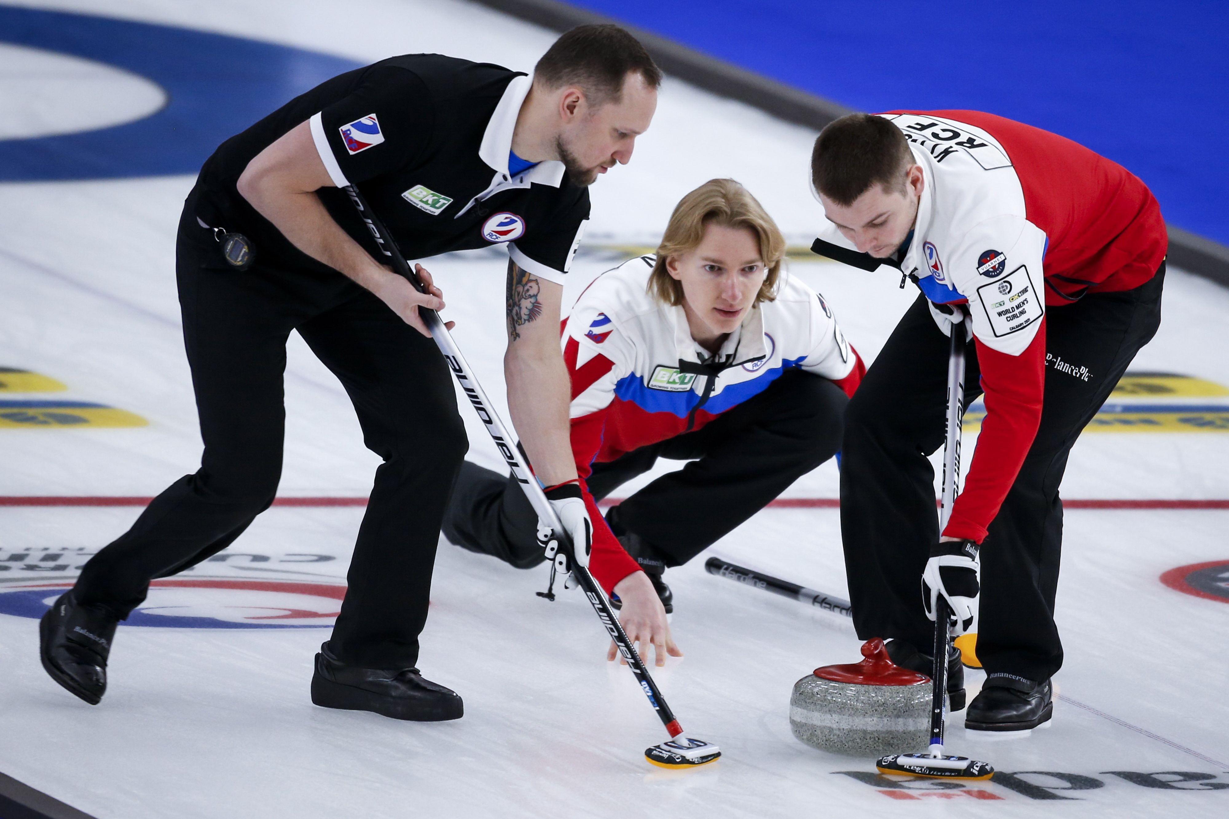 Российские кёрлингисты потерпели поражение от Швейцарии в матче ЧМ