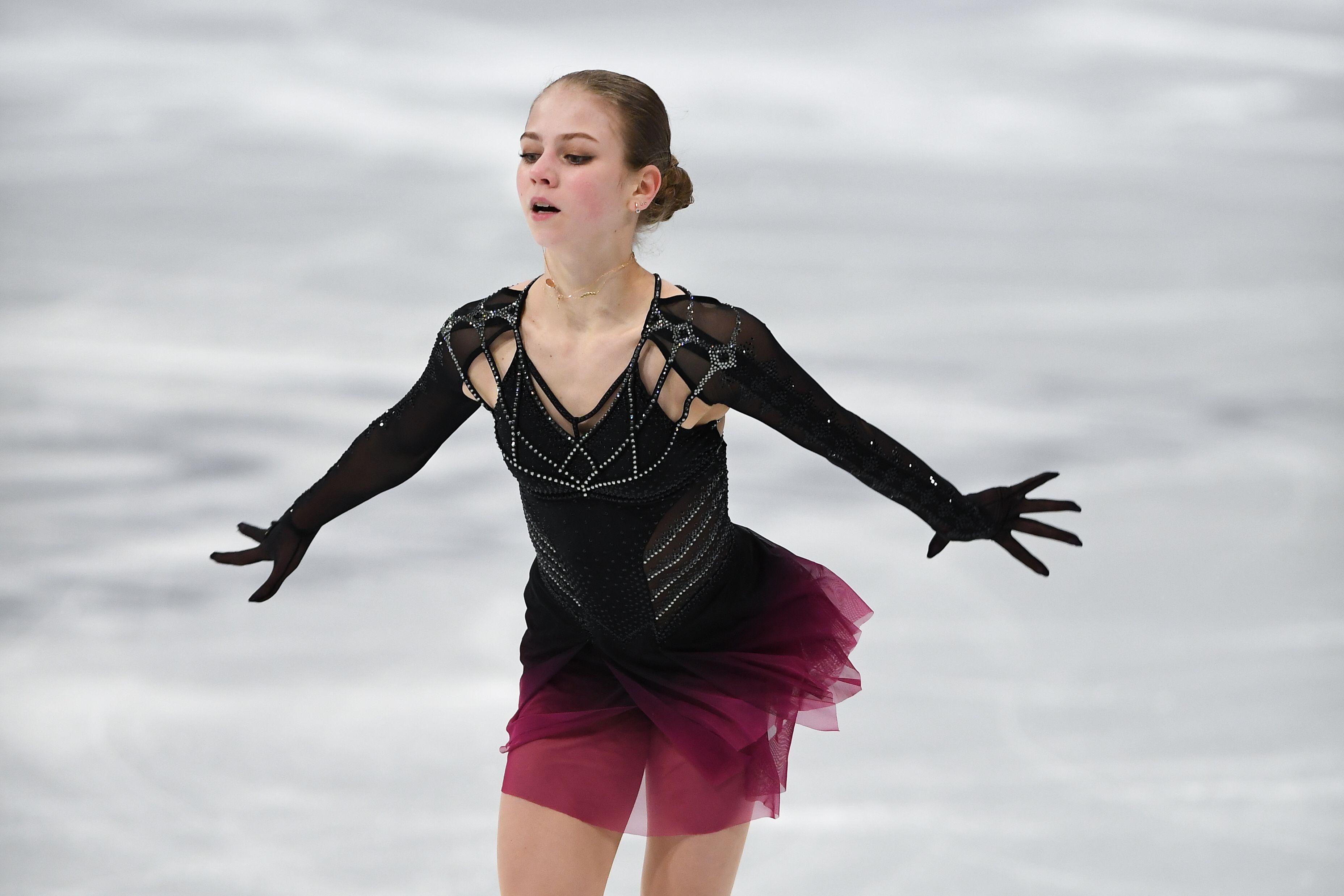 Трусова рассказала, что её привлекает в тренировках у Плющенко