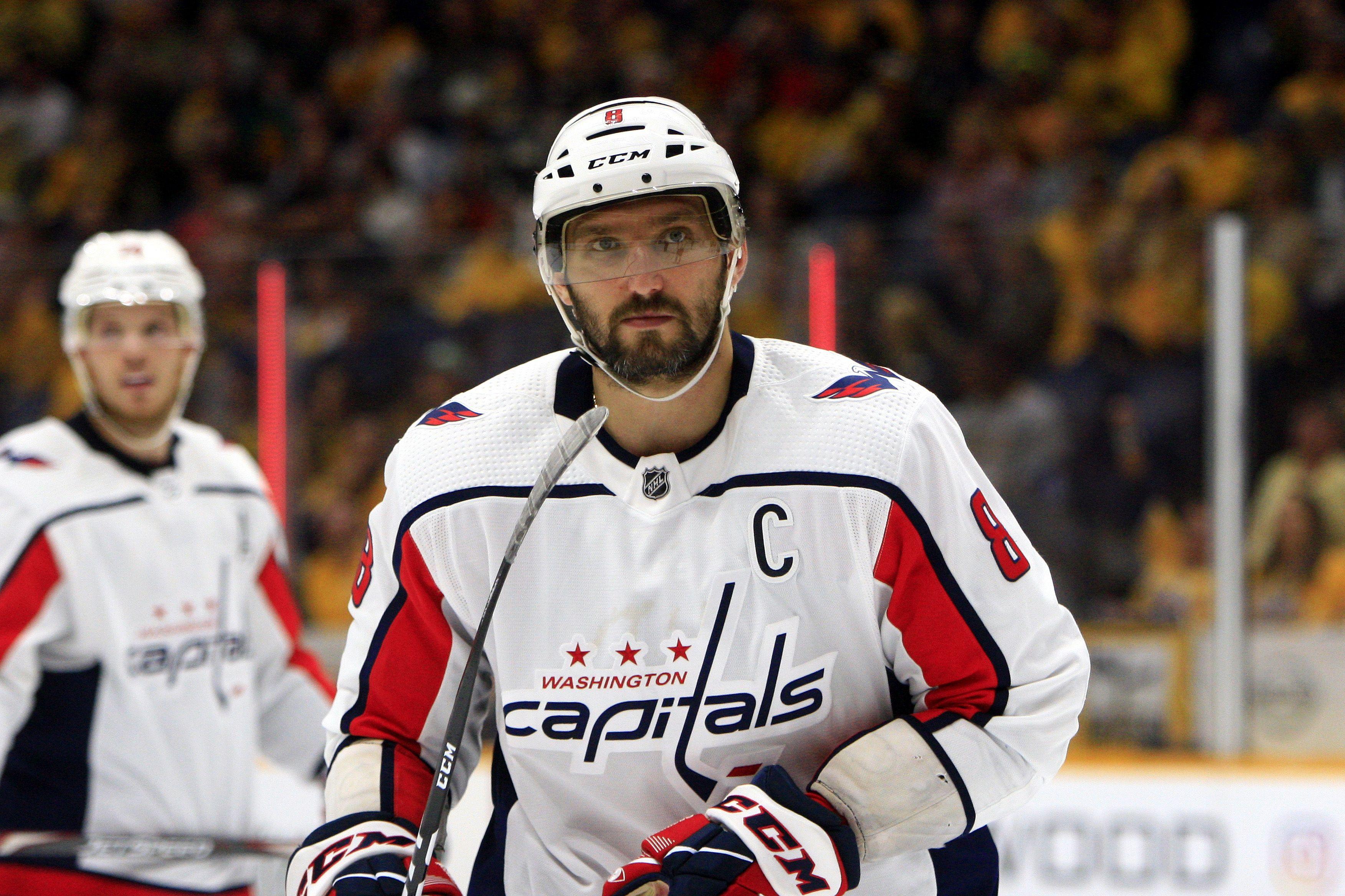 Овечкин забросил свою 727-ю шайбу в НХЛ. ВИДЕО