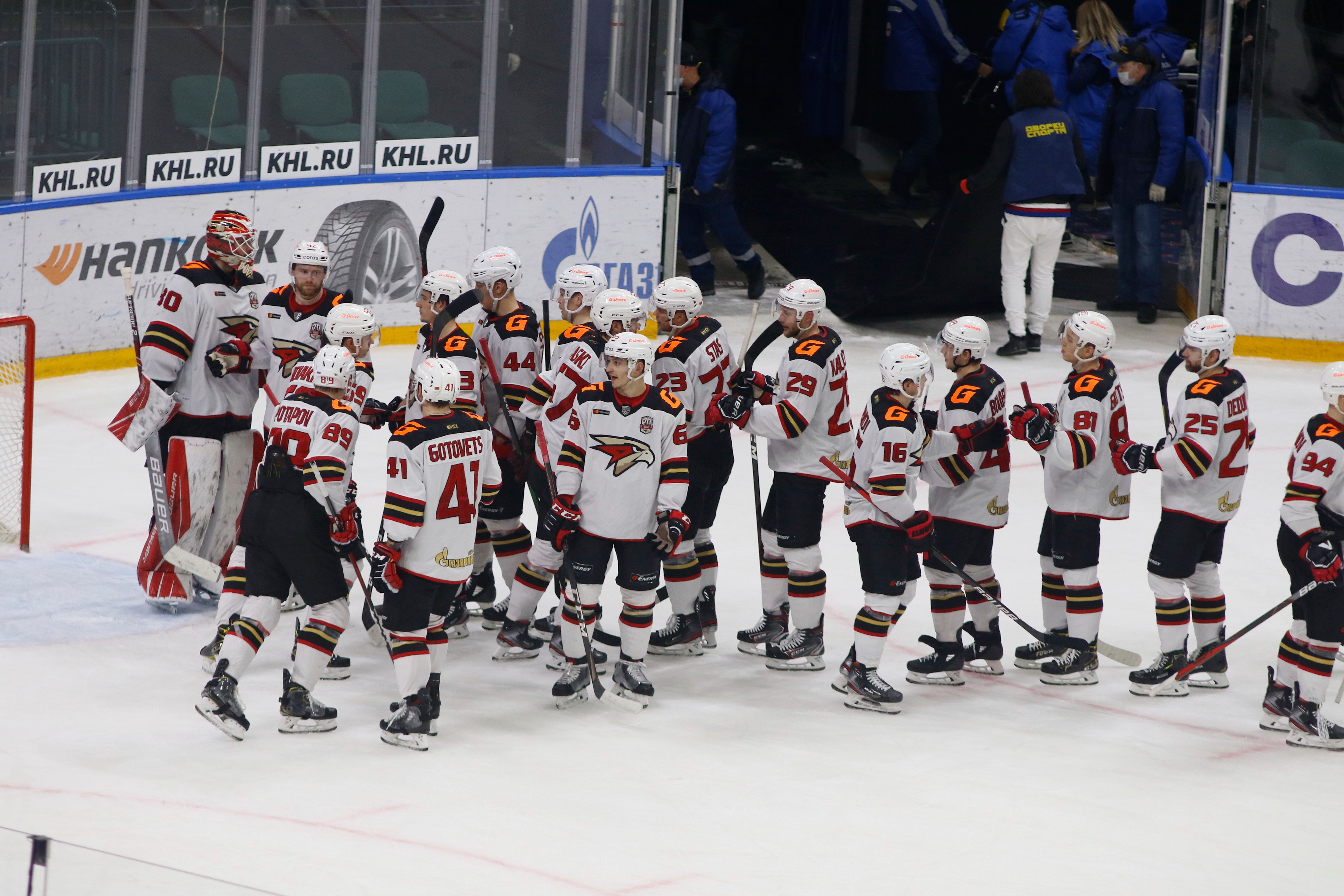 Как 'Авангард' победил 'Ак Барс' на первых минутах овертайма в видеообзоре матча плей-офф КХЛ