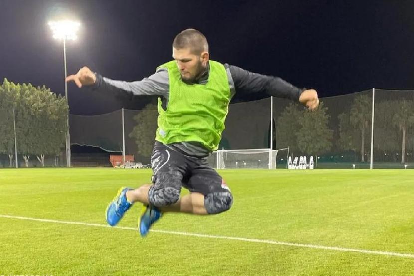 Хабиб вспомнил самый безумный день в истории футбола