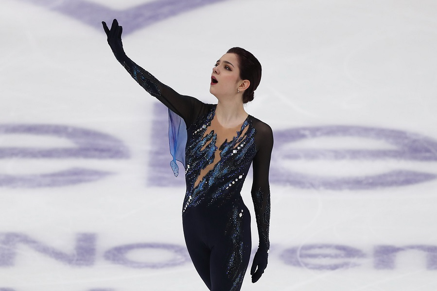 Медведева идеально исполнила 2 тройных сальхова на шоу Авербуха. ВИДЕО