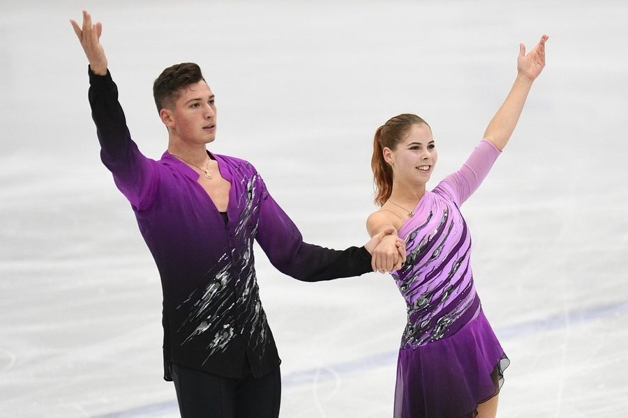 Невероятный показательный номер Мишиной и Галлямова на командном чемпионате мира. ВИДЕО