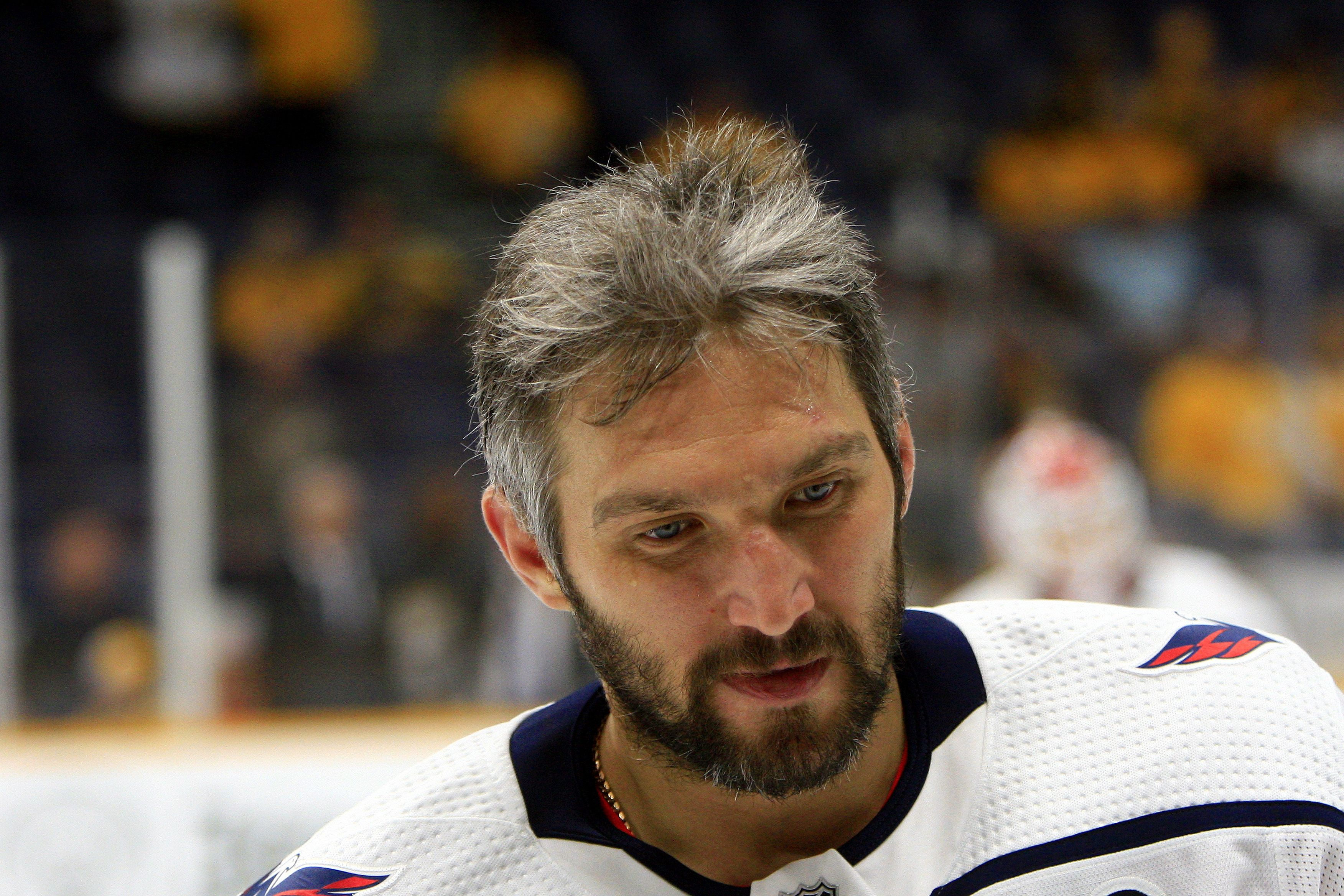 Супруга Овечкина резко отреагировала на наказание русских хоккеистов 'Вашингтона'