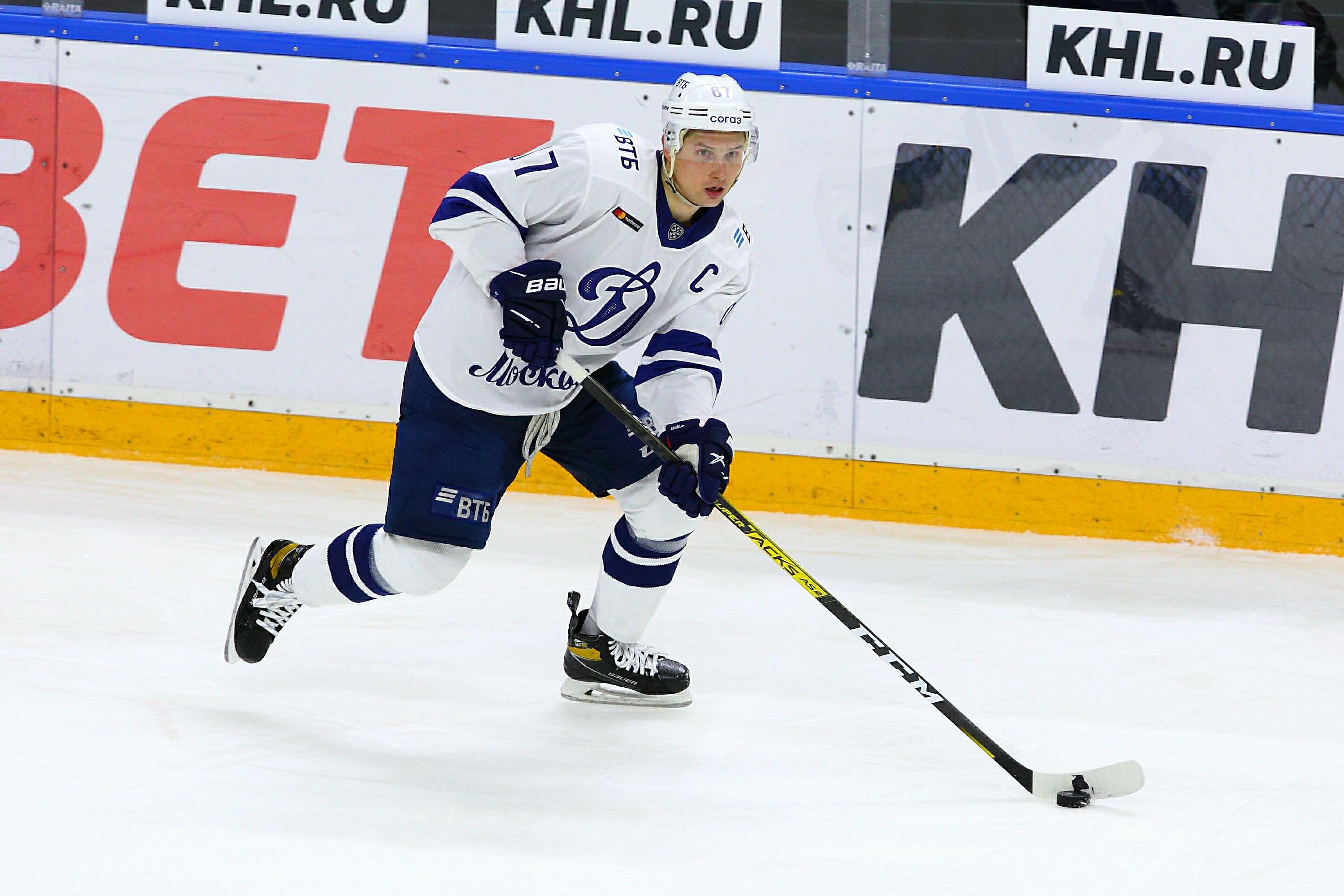'Динамо' предлагает Шипачёву 240 миллионов рублей за три года
