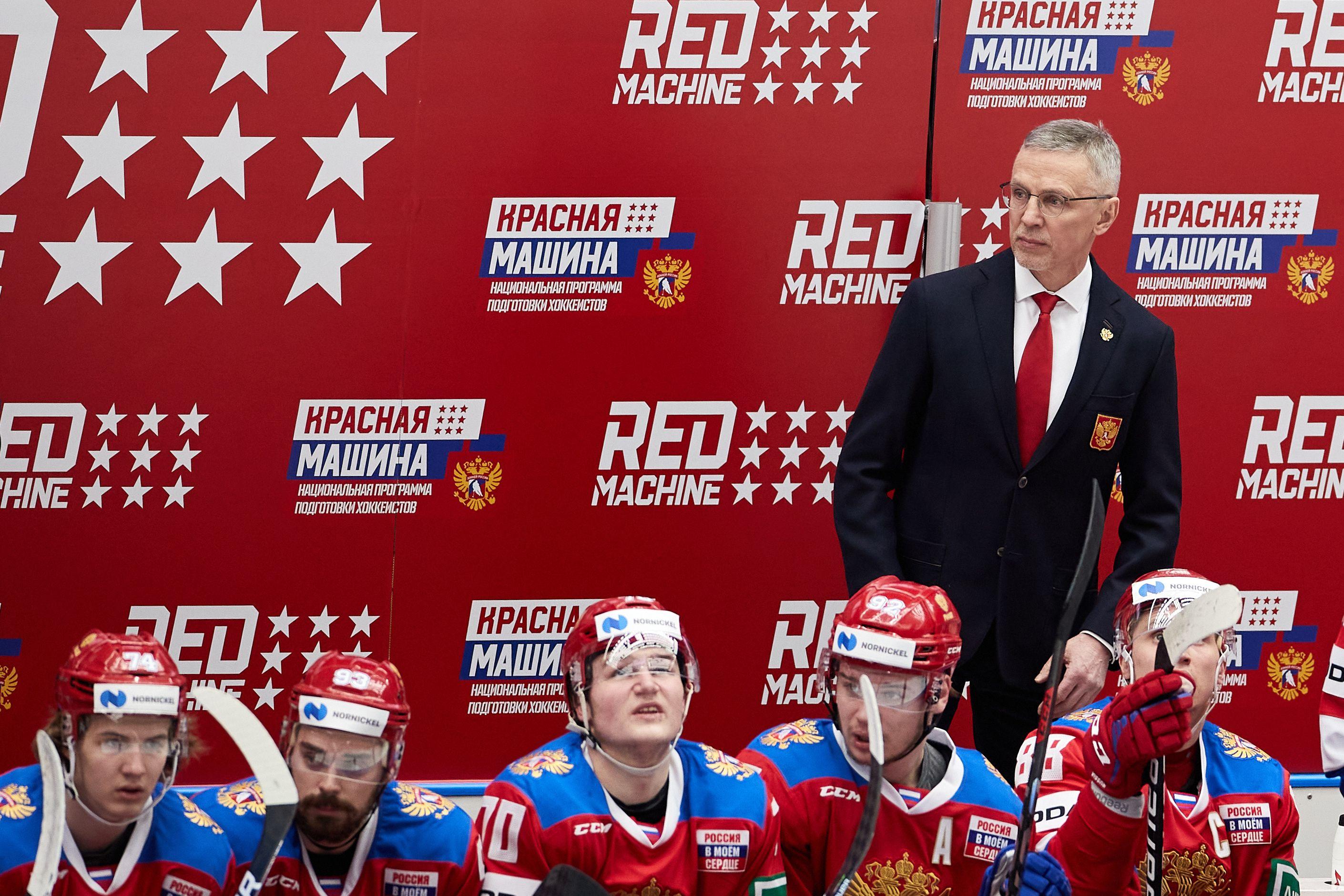 Ларионов: 'За последние два года сборная России забрала у шведов их лучшие качества'
