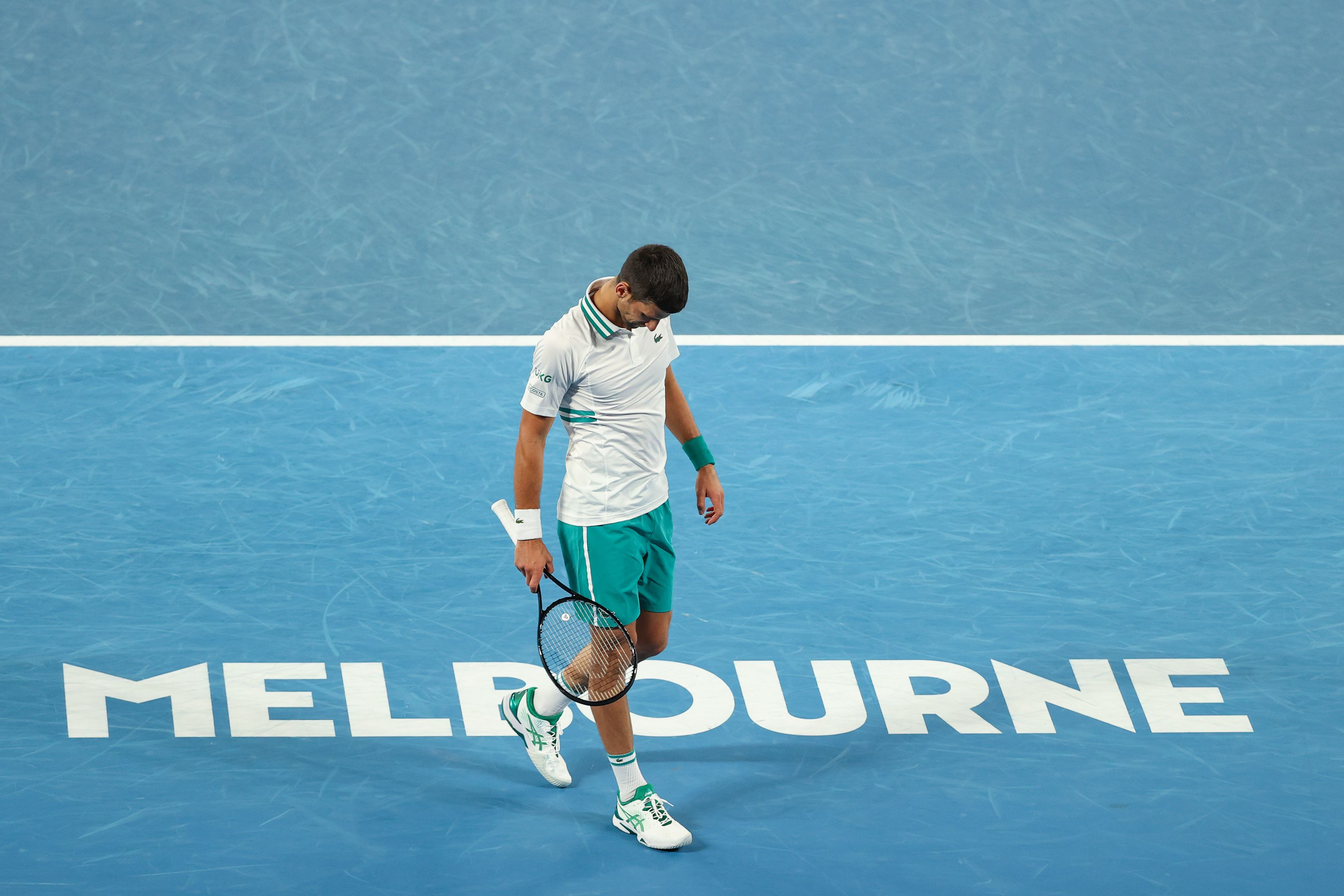 Джокович пробился в полуфинал Australian Open, где сыграет с Карацевым