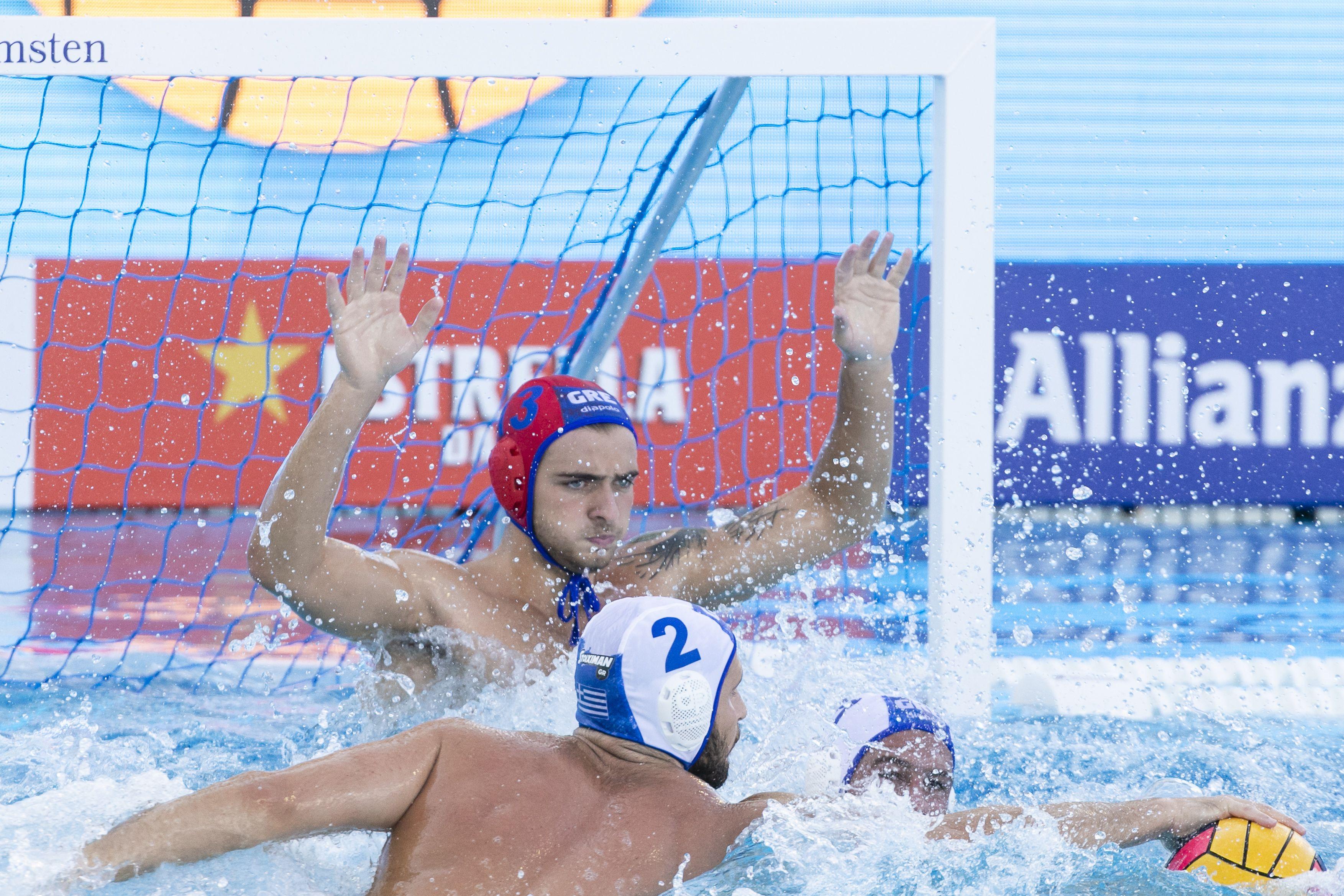 Российские ватерполисты вышли в 1/4 финала квалификации на Олимпийские игры