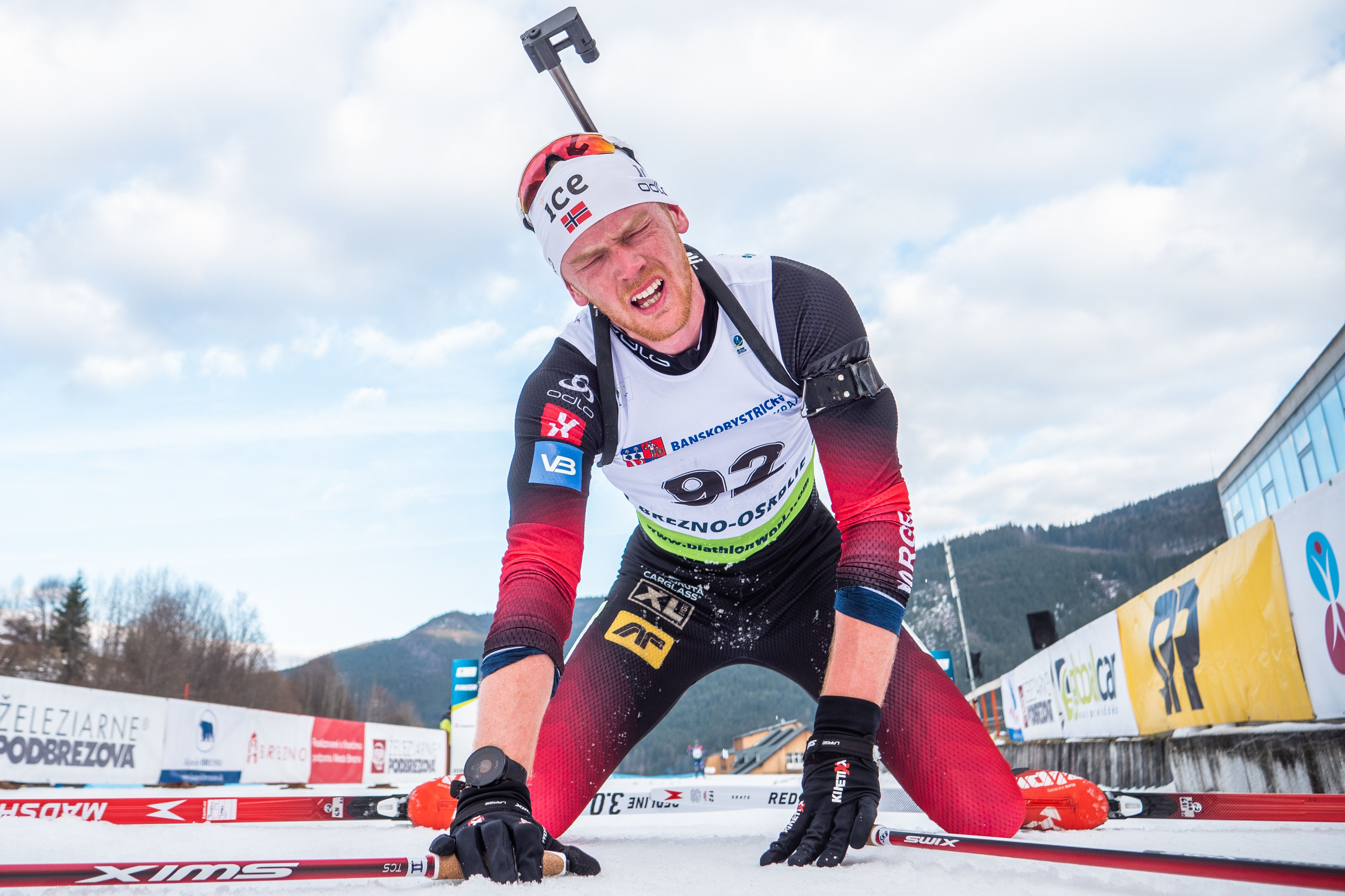 Триумф норвежцев и первая медаль россиян. Видеообзор мужской эстафеты на ЧМ по биатлону (ВИДЕО)