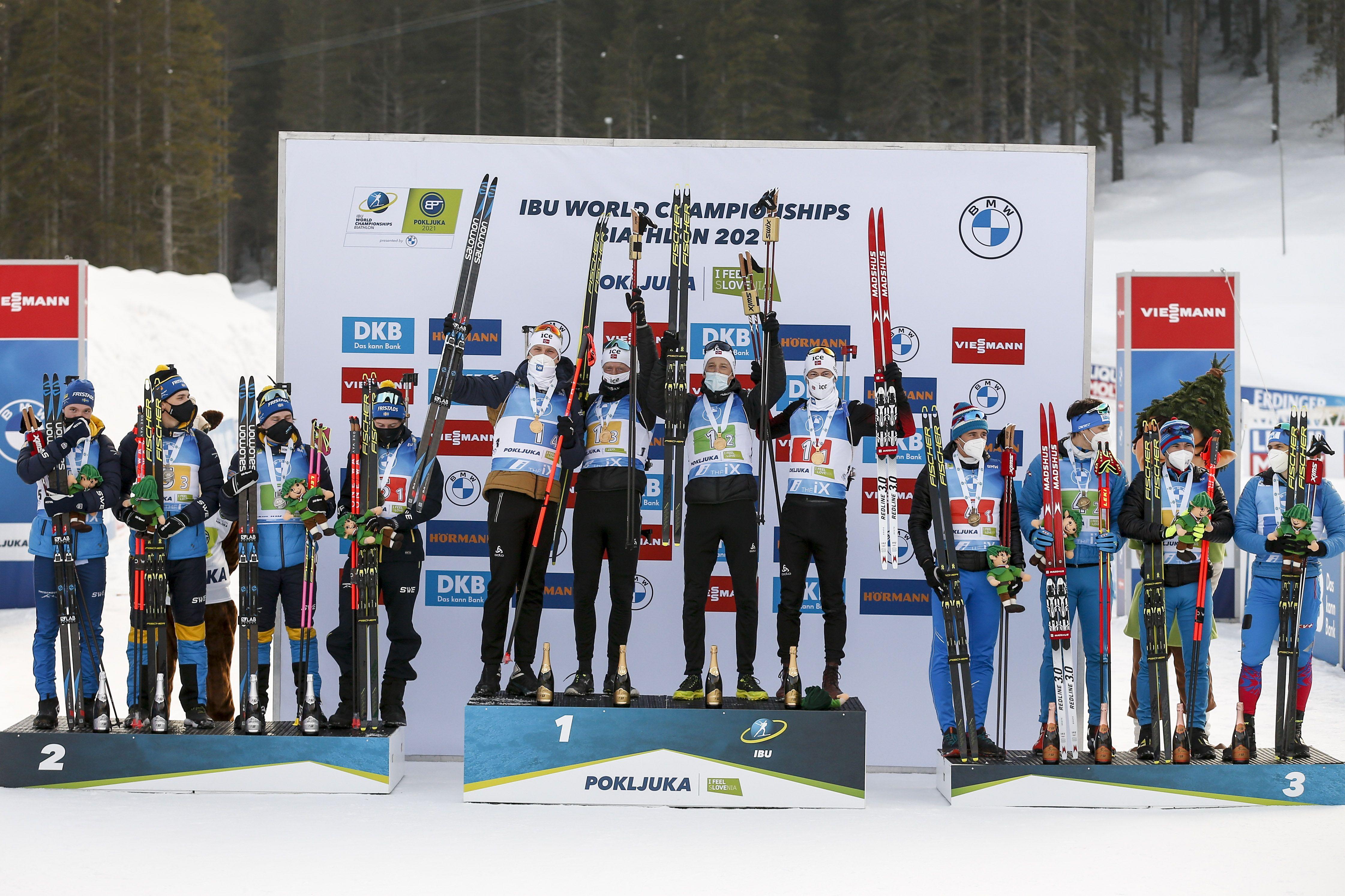 Ростовцев отреагировал на выступление женской сборной России в масс-старте на ЧМ по биатлону
