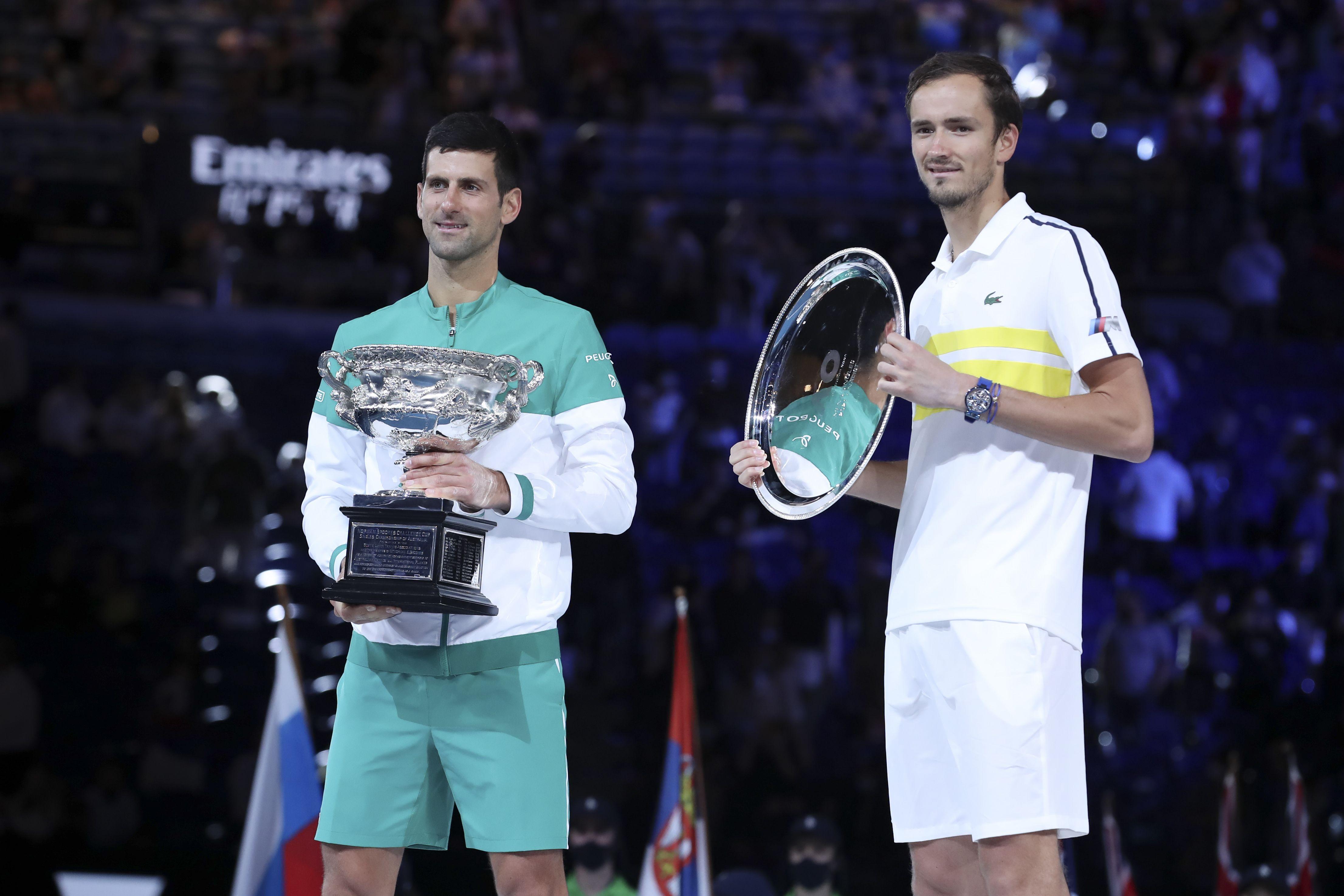 Финалист Australian Open Медведев официально стал третьей ракеткой мира