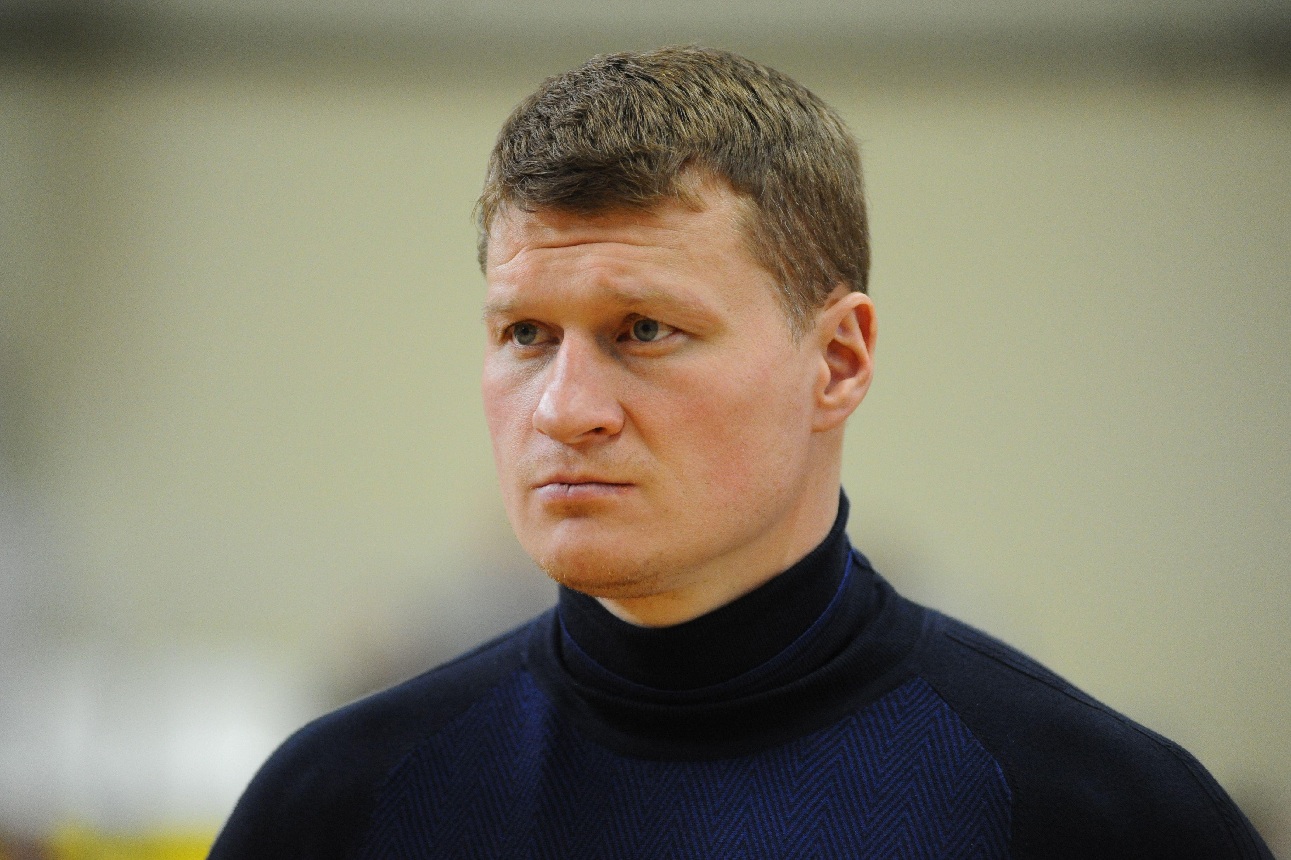 Валуев считает, что Поветкин вновь победит Уайта