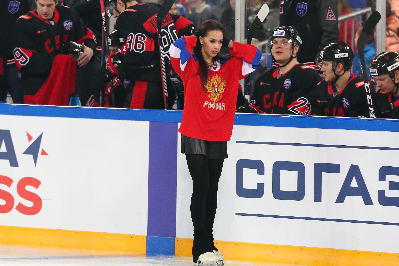 Загитова трогательно поблагодарила фанатов за поздравления с трёхлетием победы на ОИ-2018. ФОТО