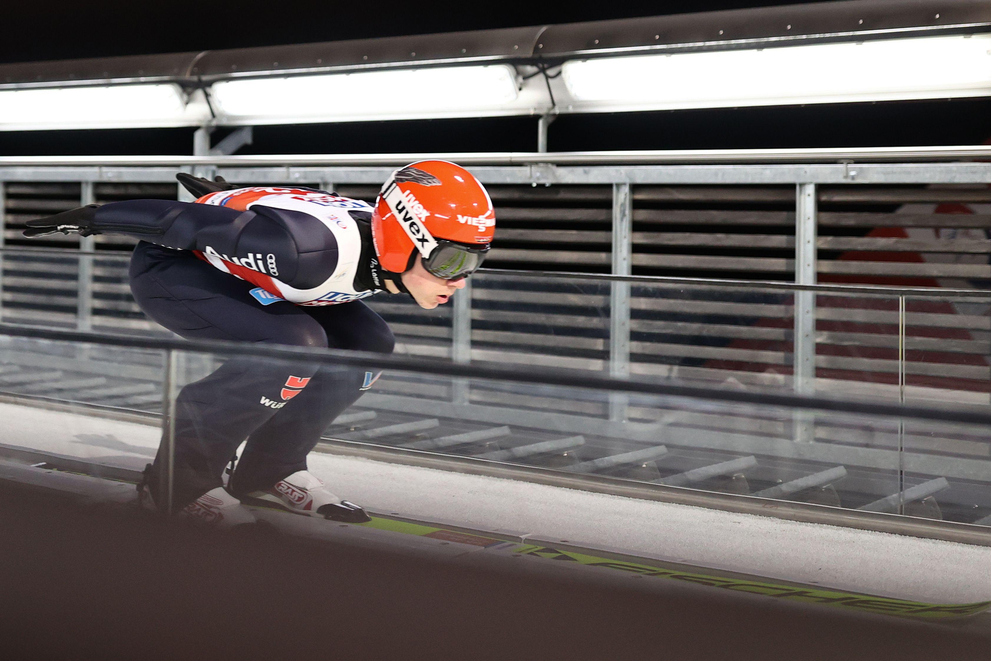 Женская сборная России по прыжкам на лыжах с трамплина стала шестой в командном турнире на ЧМ-2021