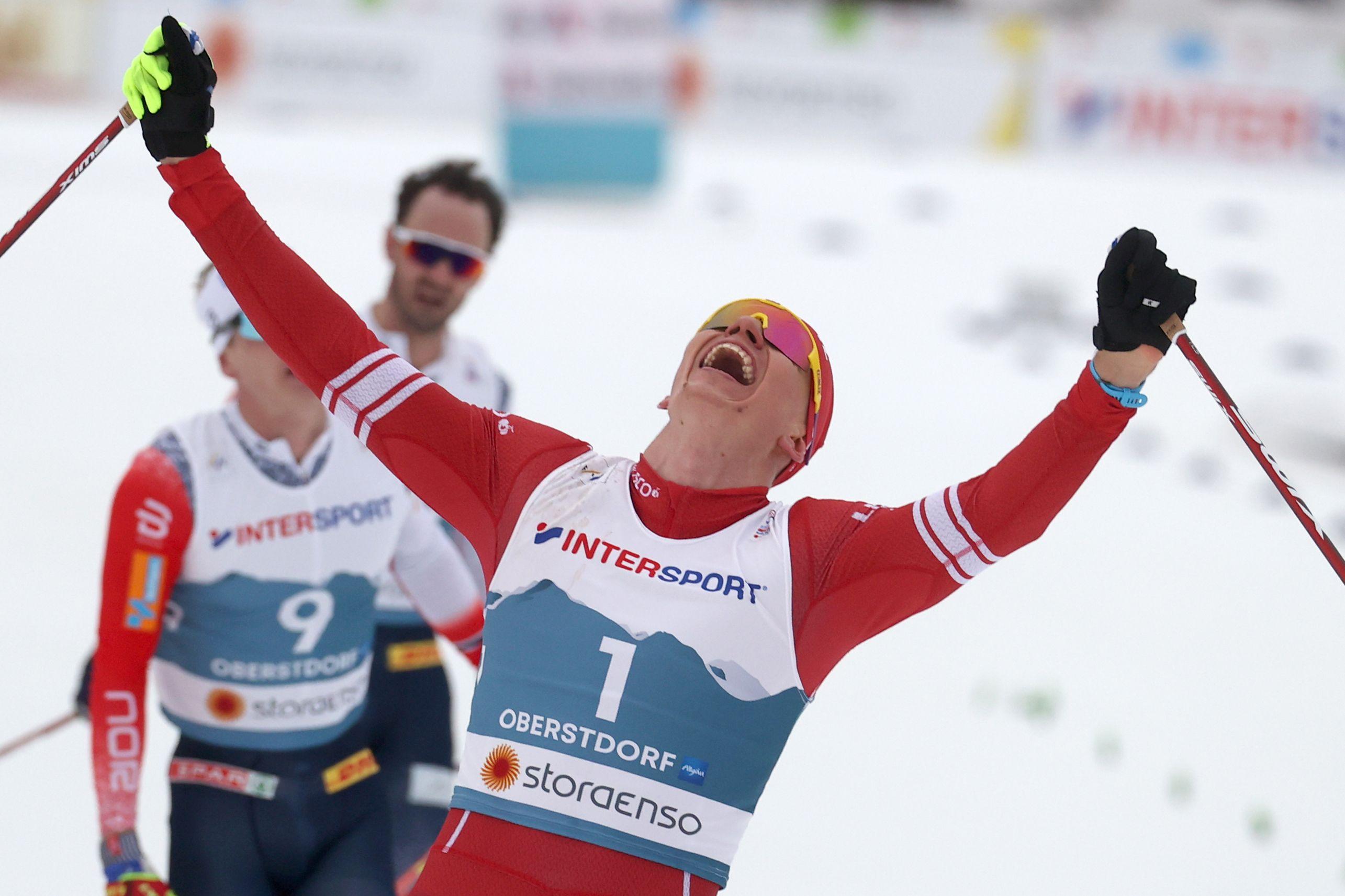 Легков - о победе Большунова в скиатлоне: 'Гонка, которую захочется пересматривать'