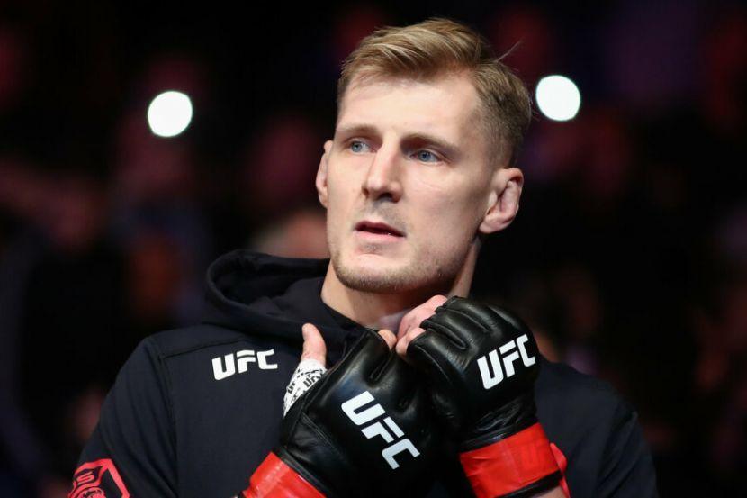 Волков — Ган: видео лучших моментов главного боя UFC Vegas 30