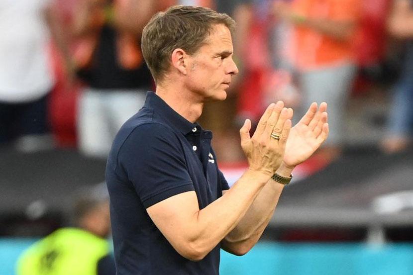 Сборная Нидерландов планирует уволить де Бура после вылета от Чехии в 1/8 финала чемпионата Европы