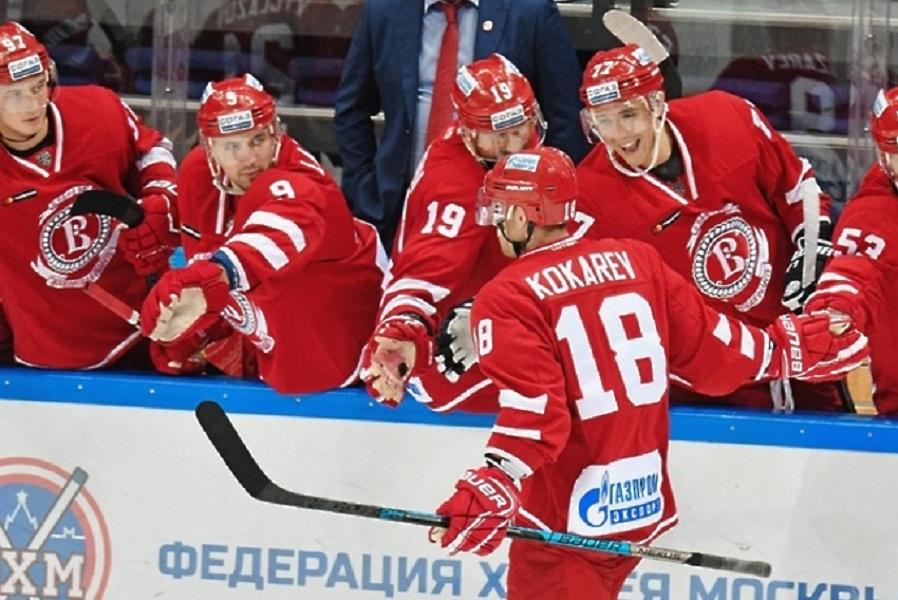 'Витязь' заключил контракты сразу с двумя хоккеистами