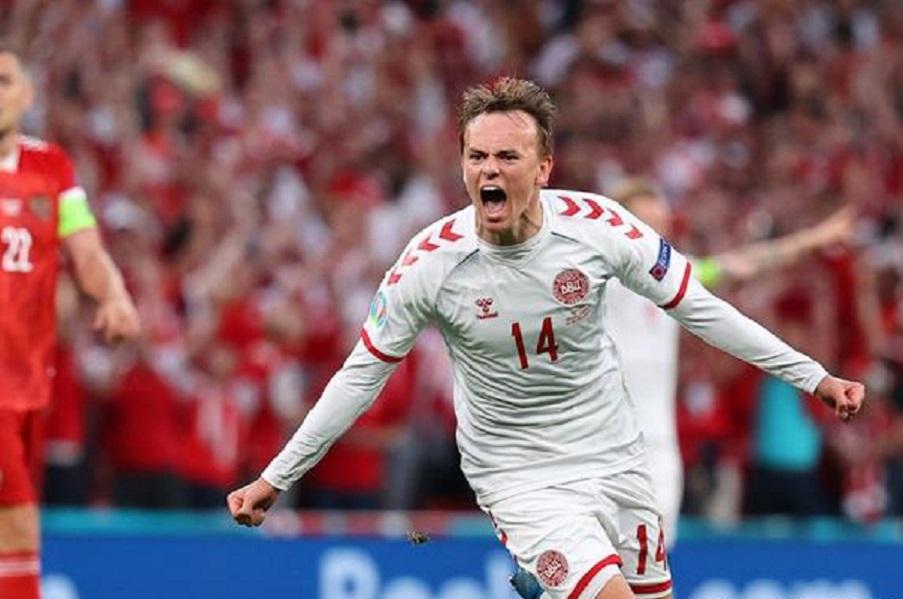Кристенсен пугает Англию: 'Дания заставит 'Уэмбли' замолчать'