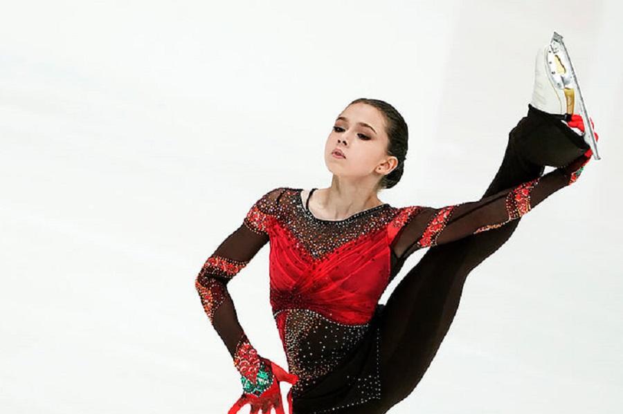 Трусова скоро догонит Тутберидзе, Валиева перегоняет Щербакову: рост фигуристок перед Олимпийским сезоном. ФОТО