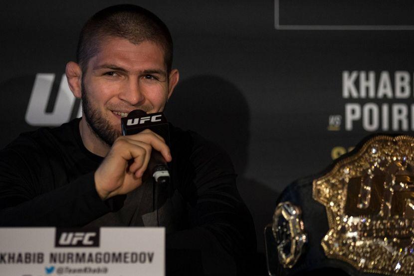 Нурмагомедов признан лучшим бойцом года в ММА